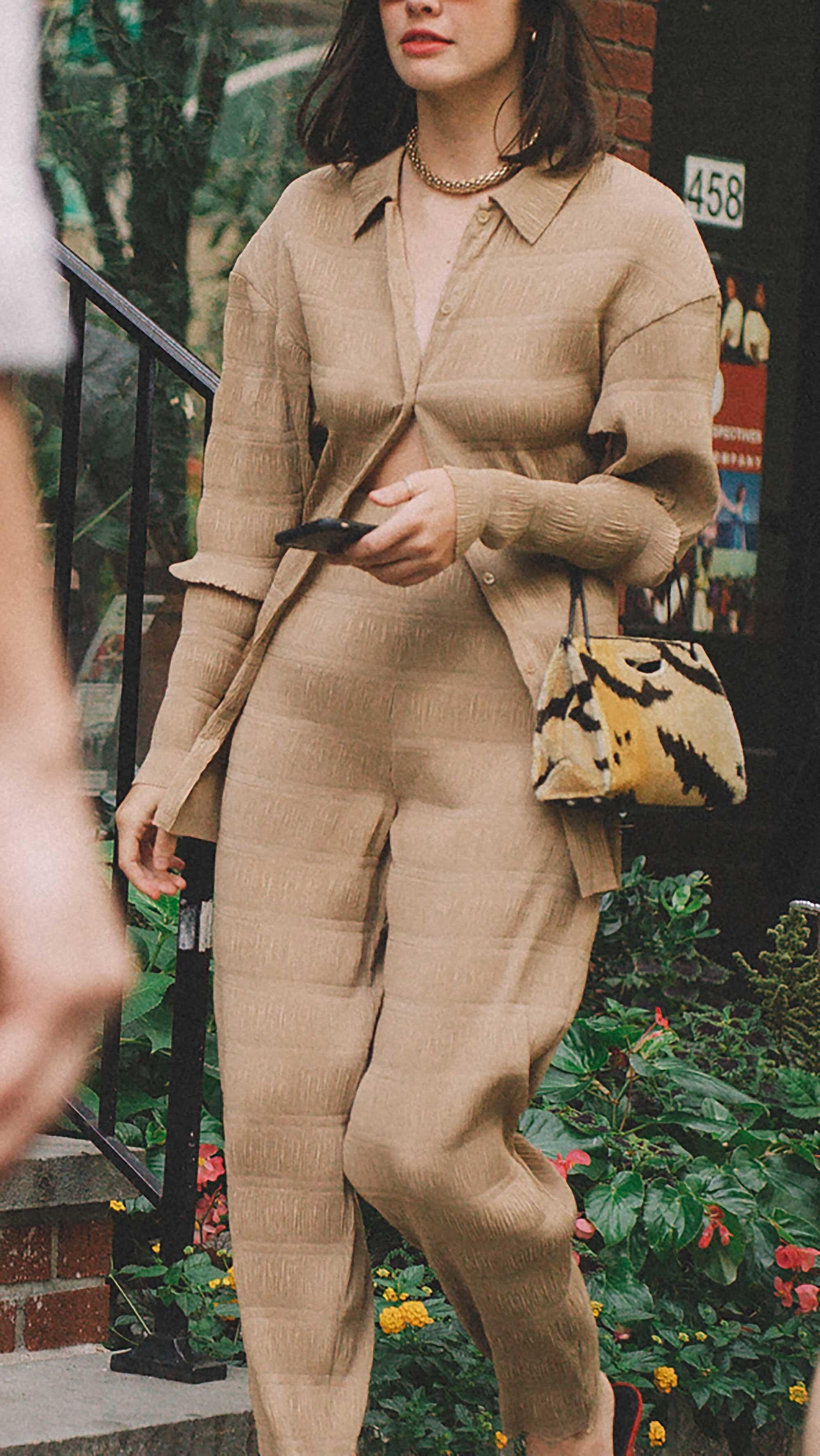 Click for more looks! Best outfits of New York Fashion Week street style 2019 Day Three Photo by @J2martinez Jose J. Martinez www.jmrtnz.com -70.jpg