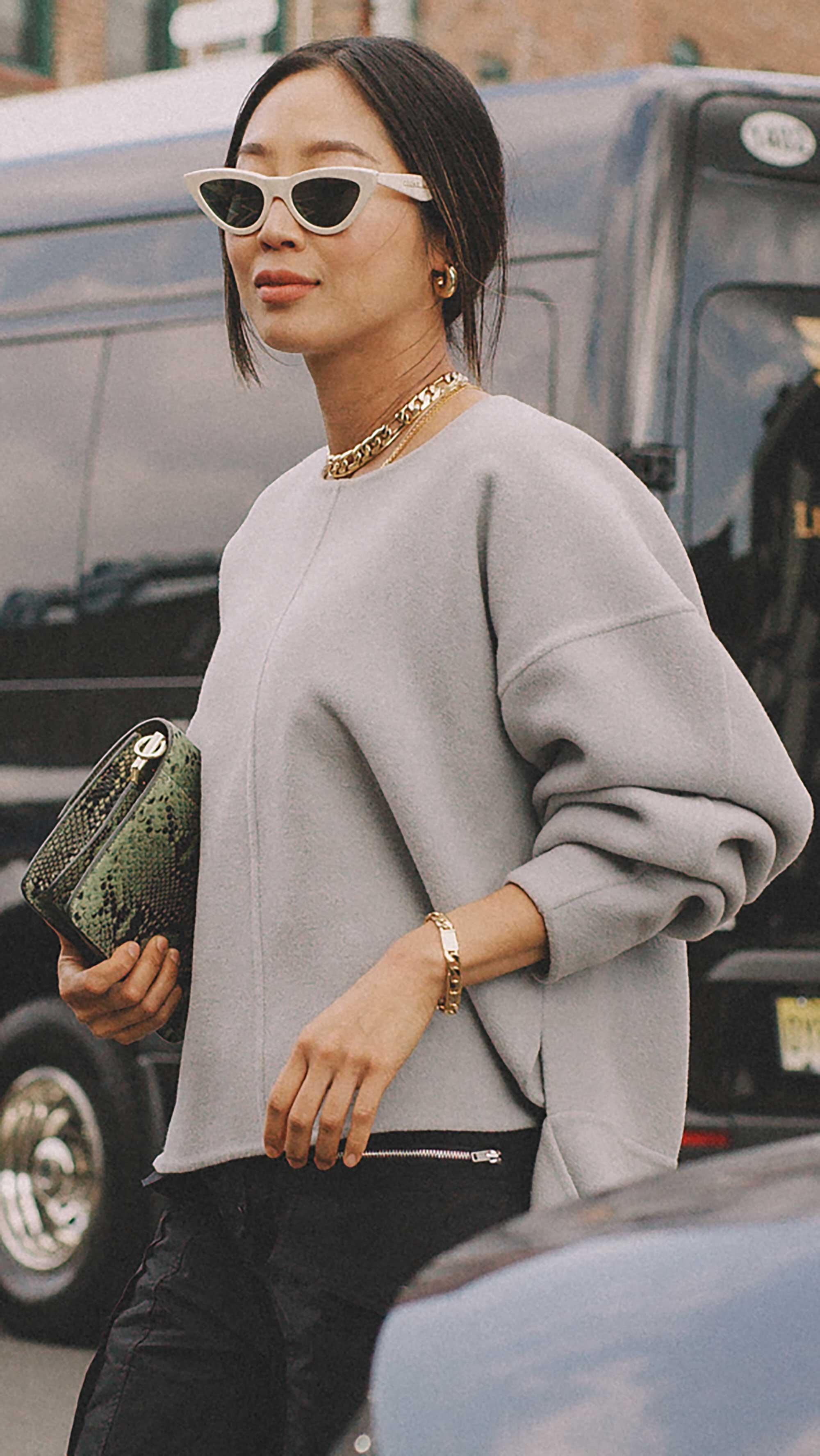 Click for more looks! Best outfits of New York Fashion Week street style 2019 Day Three Photo by @J2martinez Jose J. Martinez www.jmrtnz.com -74.jpg