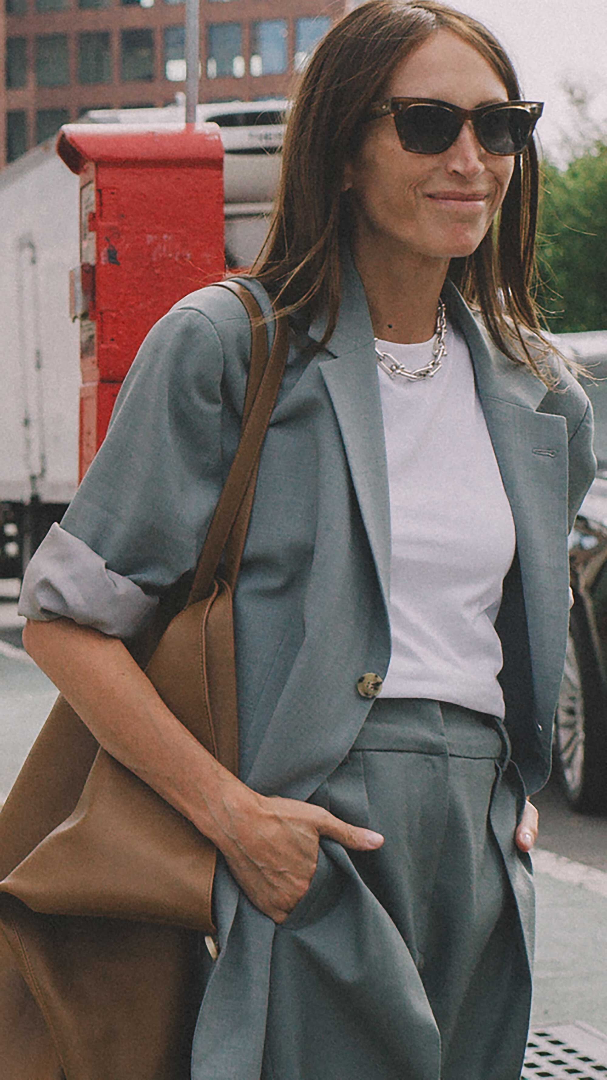 Click for more looks! Best outfits of New York Fashion Week street style 2019 Day Three Photo by @J2martinez Jose J. Martinez www.jmrtnz.com -86.jpg