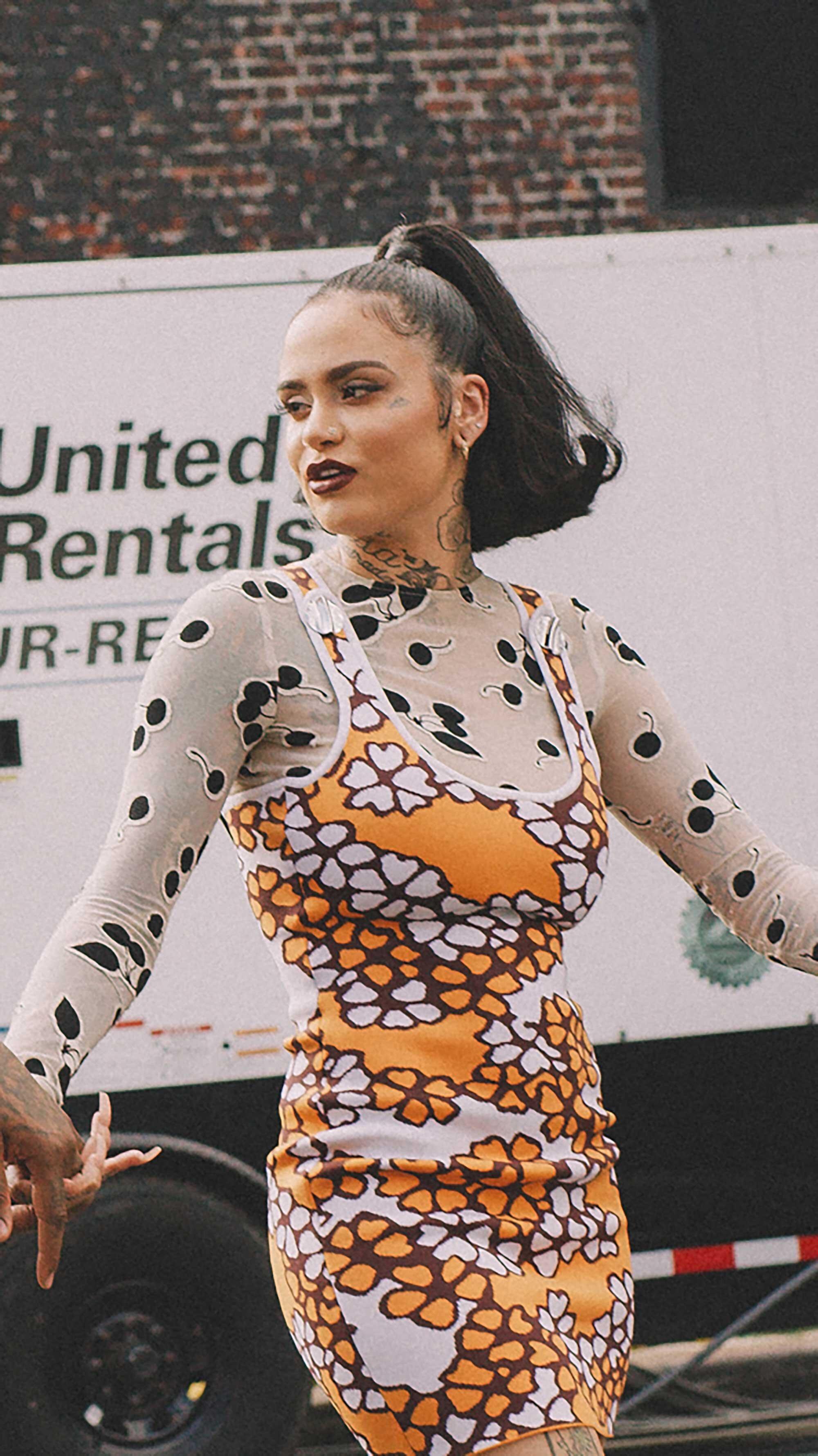 Click for more looks! Best outfits of New York Fashion Week street style 2019 Day Three Photo by @J2martinez Jose J. Martinez www.jmrtnz.com -119.jpg