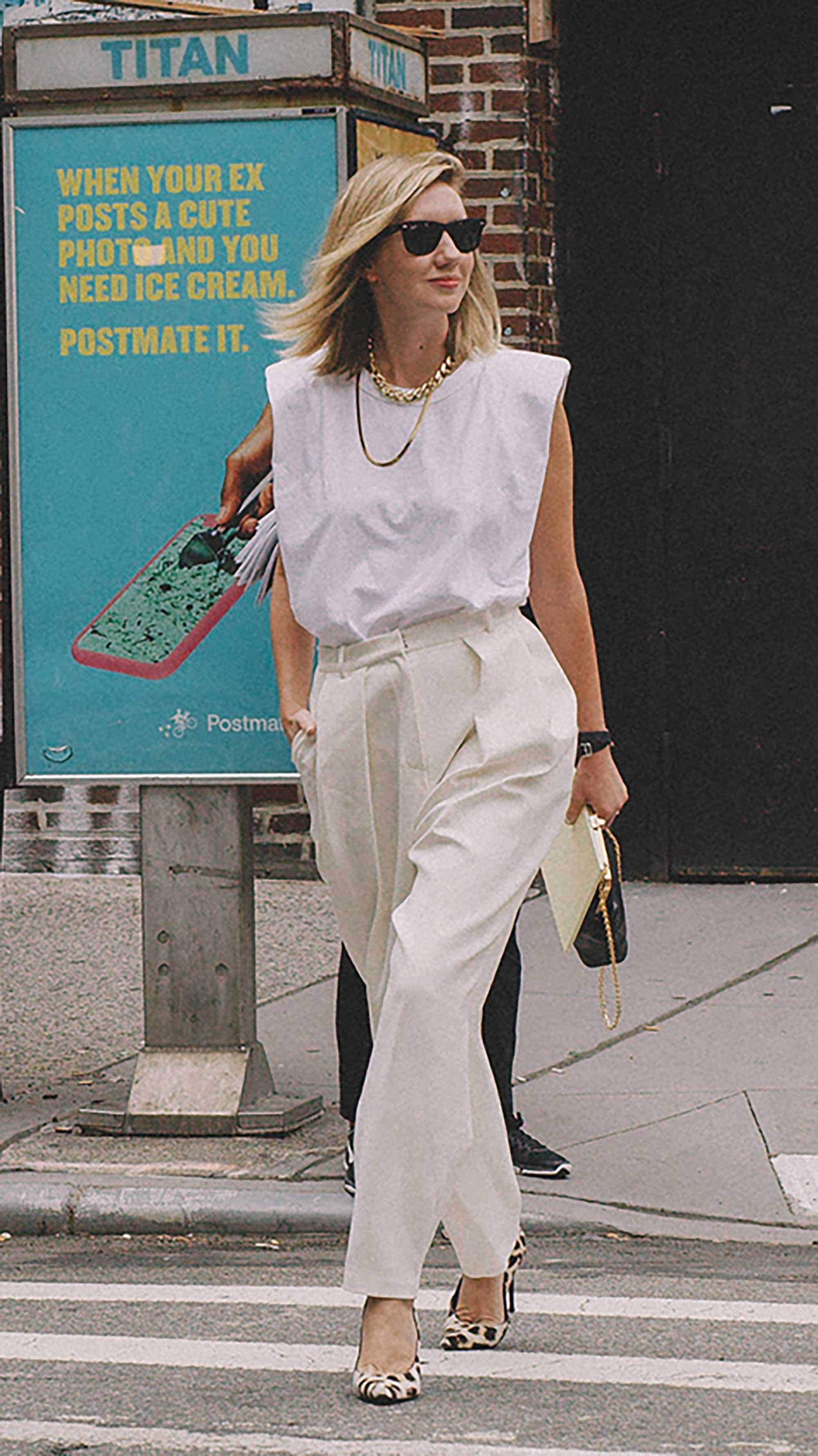Best outfits of New York Fashion Week street style -37.jpg