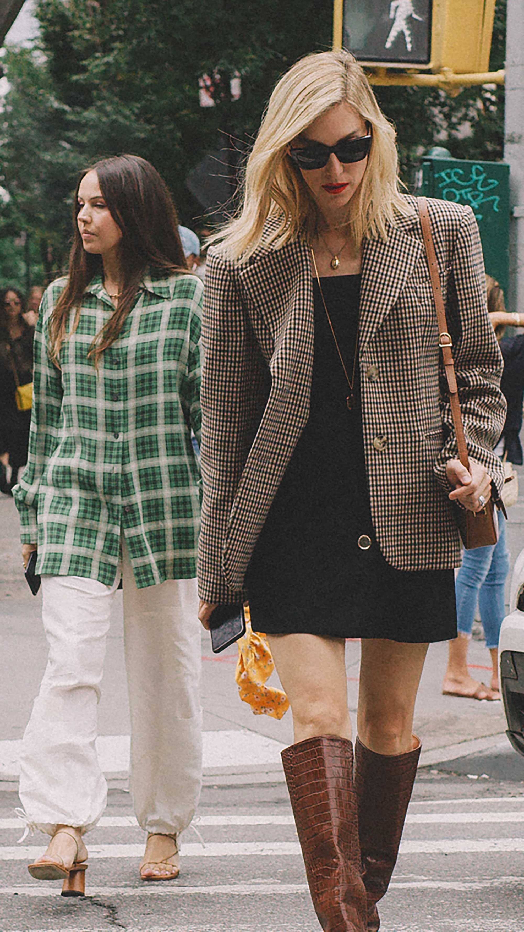 Best outfits of New York Fashion Week street style -44.jpg