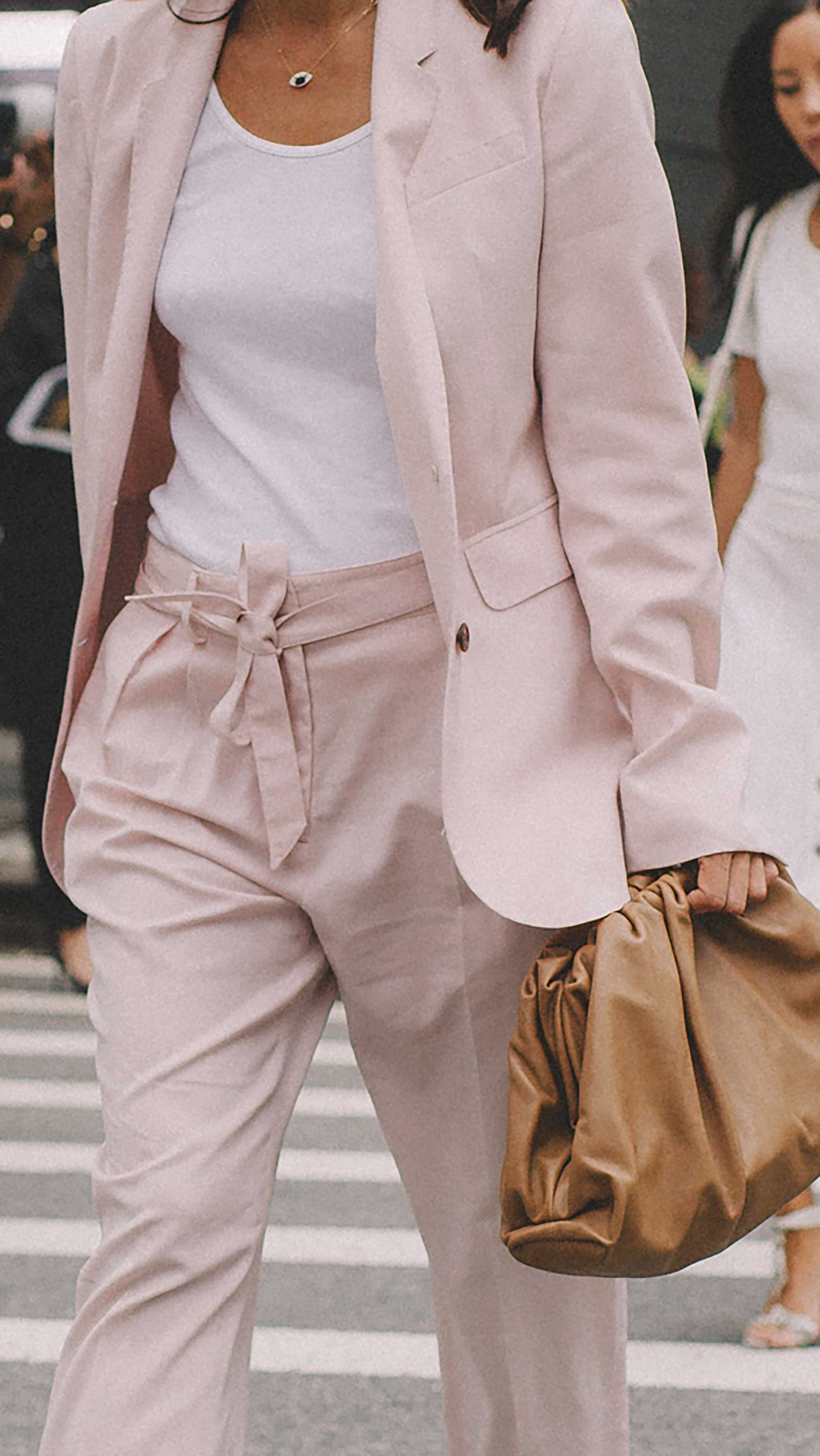 Best outfits of New York Fashion Week street style -52.jpg