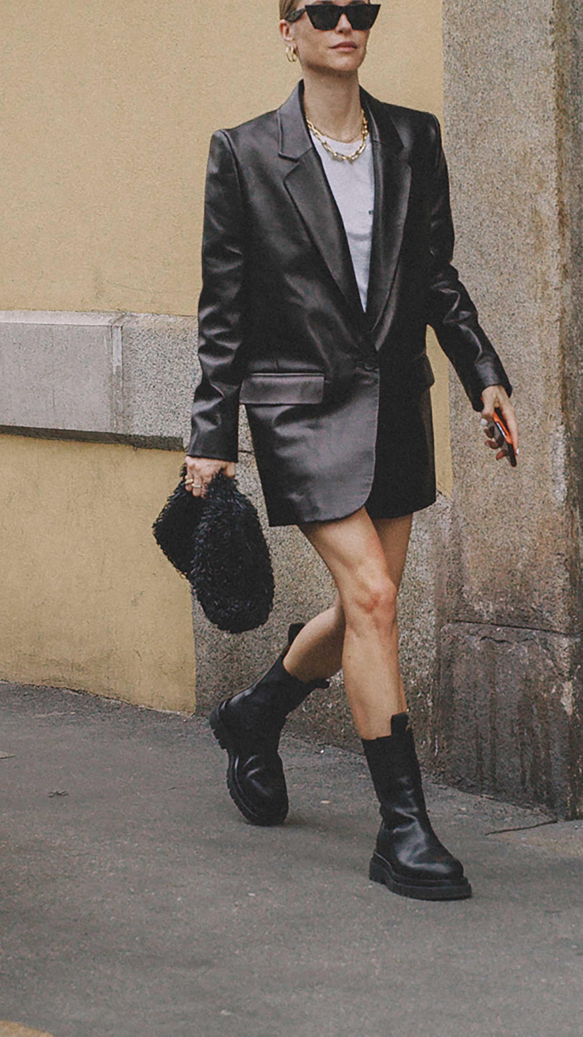 Best outfits of Milan Fashion Week street style 2019 Day One MFW SS20 Photo by @J2martinez Jose J. Martinez www.jmrtnz.com -15.jpg