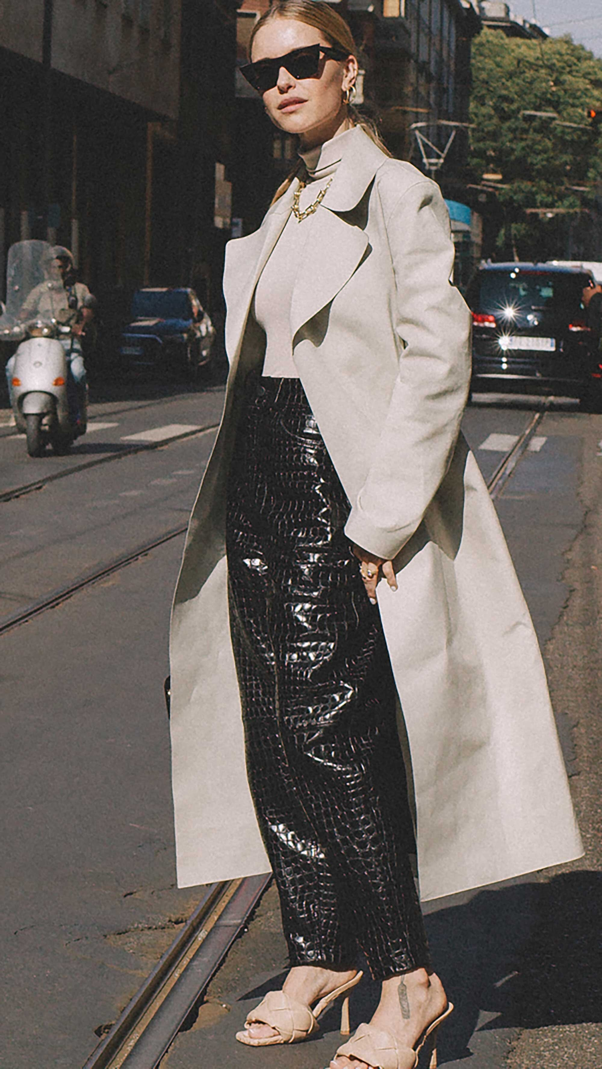 Best outfits of Milan Fashion Week street style 2019 Day two MFW SS20 Photo by @J2martinez -62.jpg