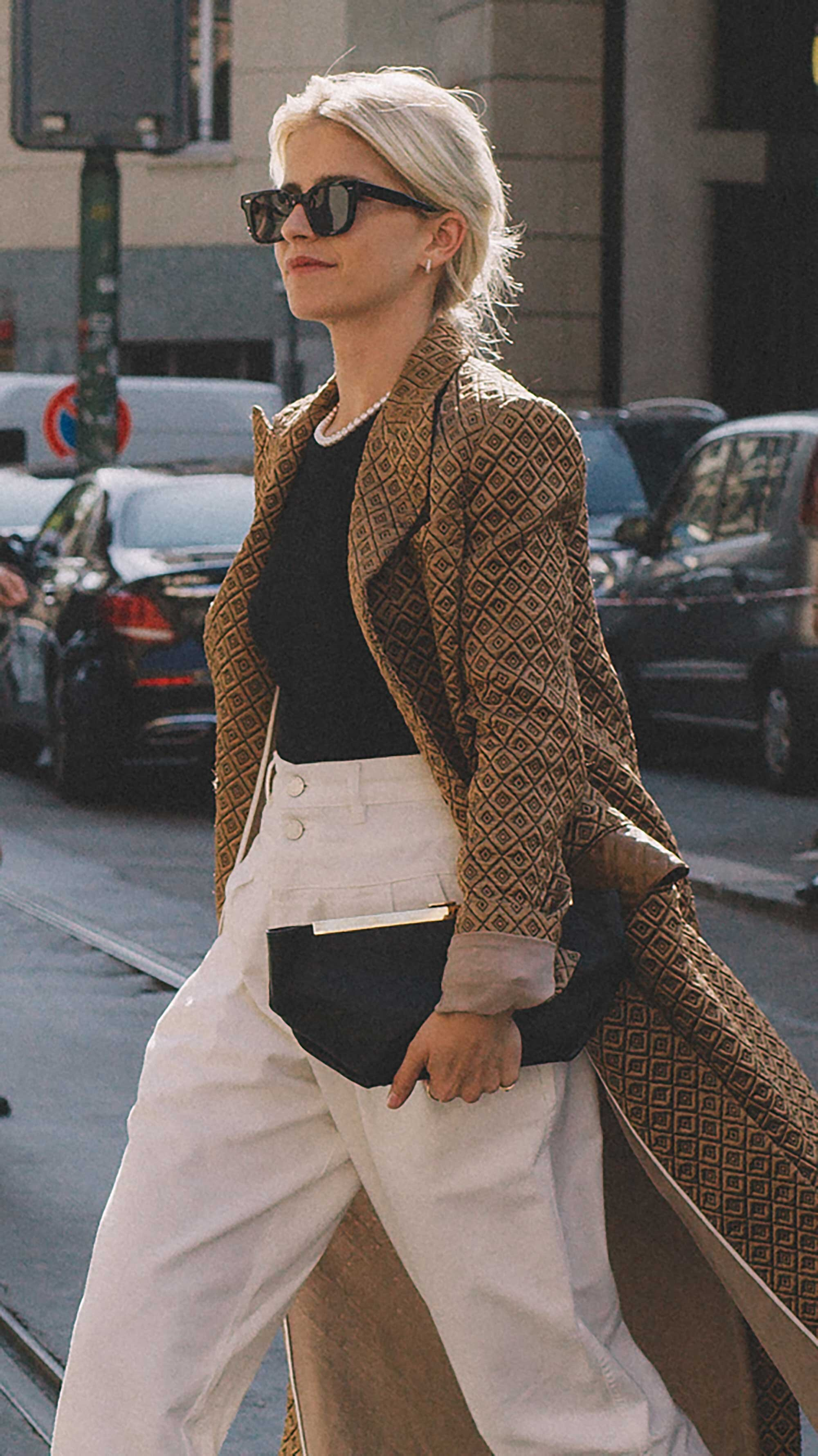 Best outfits of Milan Fashion Week street style 2019 Day two MFW SS20 Photo by @J2martinez -64.jpg