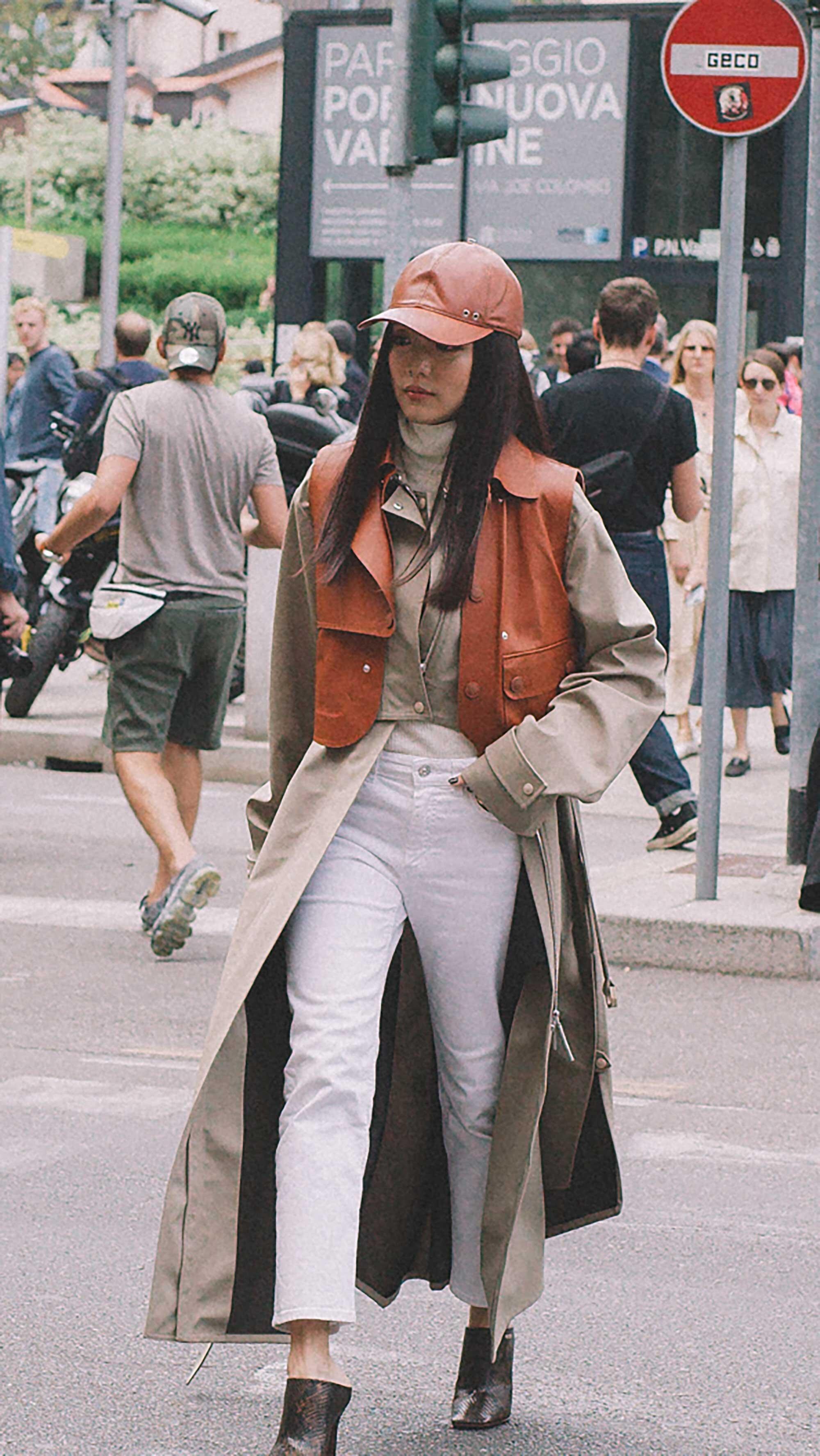 Best outfits of Milan Fashion Week street style 2019 day three MFW SS20 Photo by @J2martinez -57.jpg