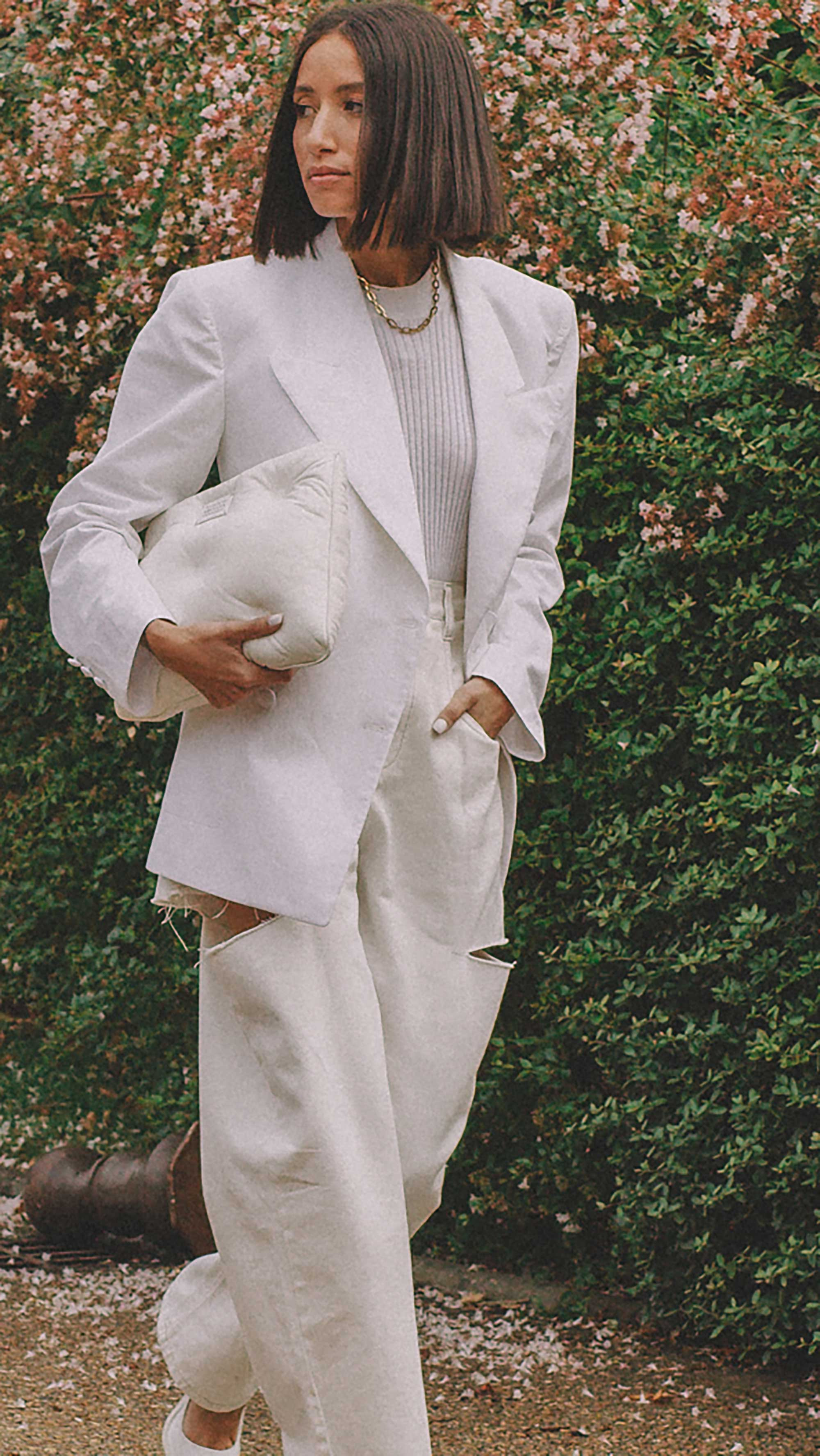 Best outfits of Paris Fashion Week street style 2019 day two PFW SS20 Photo by @J2martinez Jose J. Martinez -17.jpg