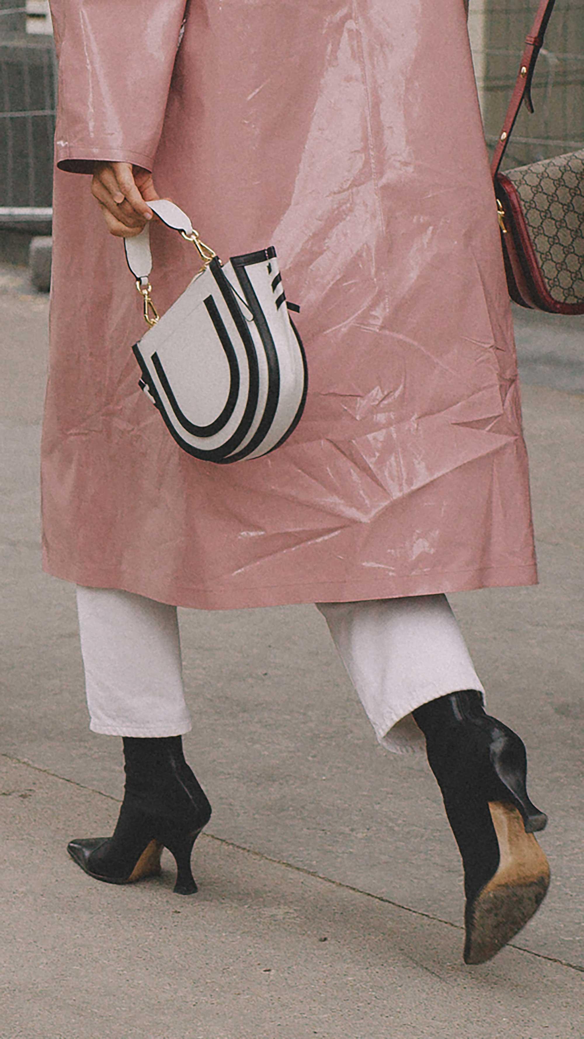 Best outfits of Paris Fashion Week street style 2019 day two PFW SS20 Photo by @J2martinez Jose J. Martinez -77.jpg