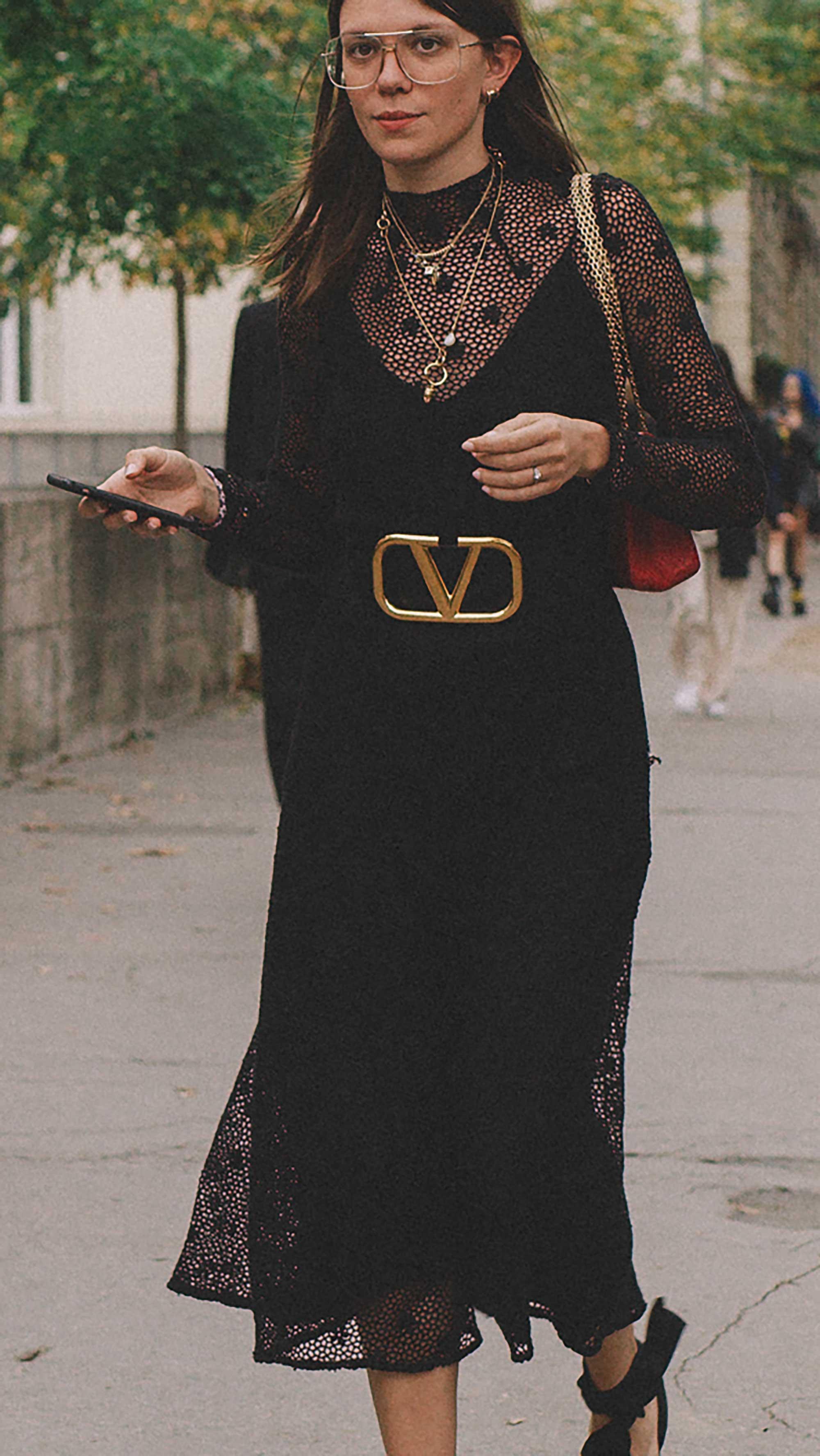 Best outfits of Paris Fashion Week street style 2019 day three PFW SS20 Photo by @J2martinez Jose J. Martinez -8.jpg