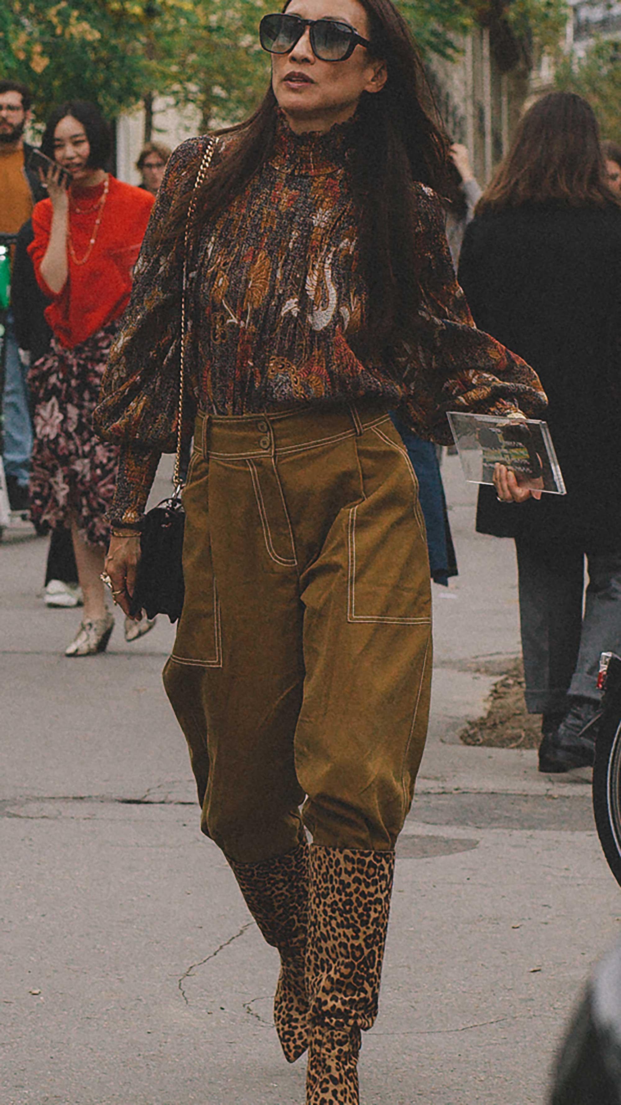 Best outfits of Paris Fashion Week street style 2019 day three PFW SS20 Photo by @J2martinez Jose J. Martinez -11.jpg