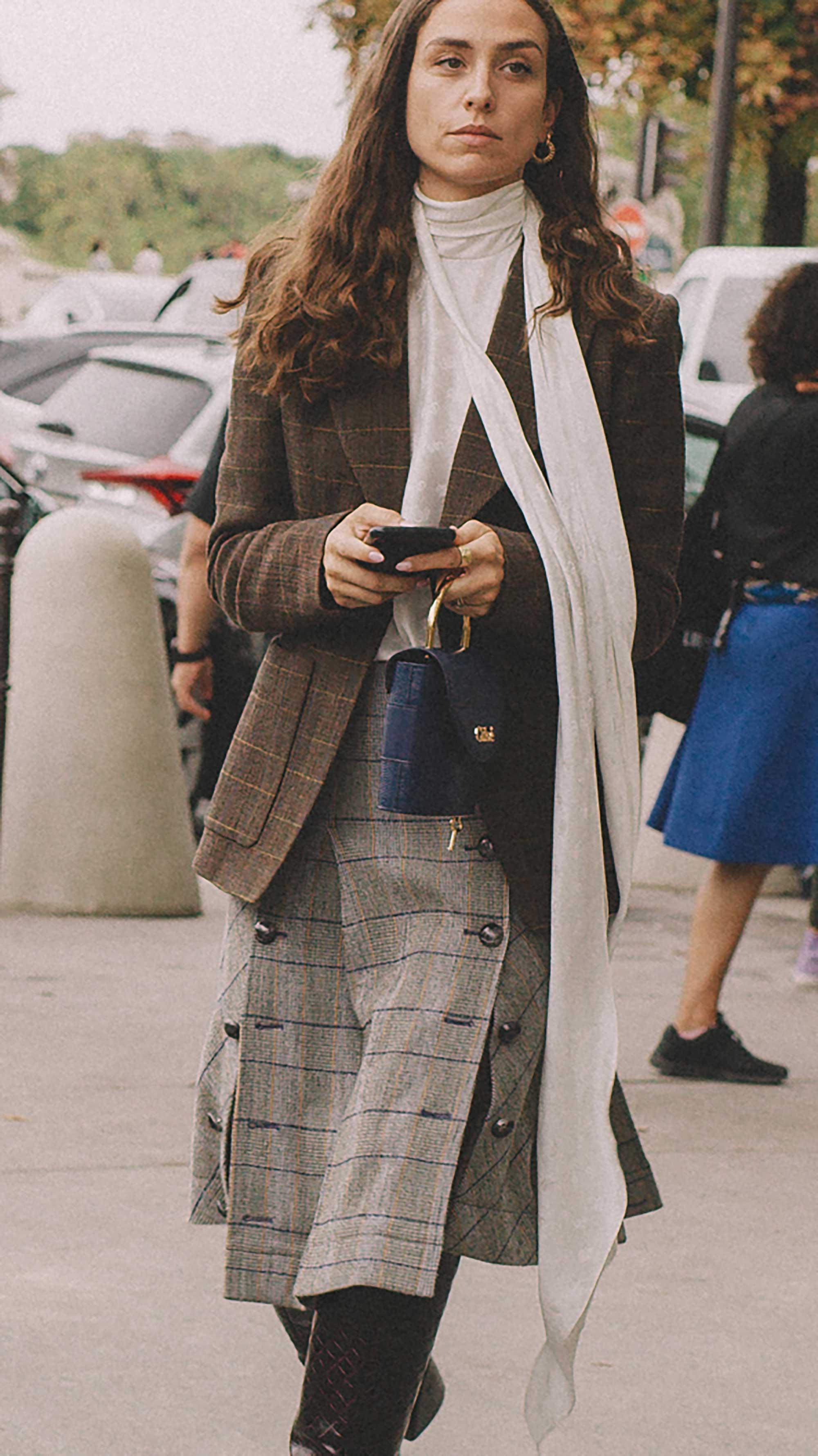 Best outfits of Paris Fashion Week street style 2019 day three PFW SS20 Photo by @J2martinez Jose J. Martinez -28.jpg