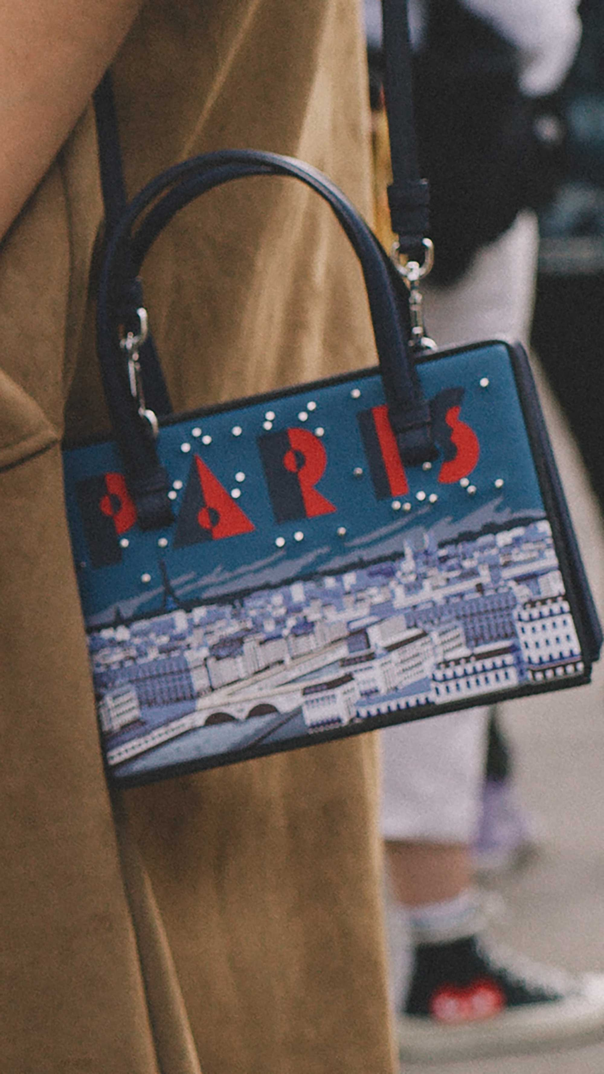 Best outfits of Paris Fashion Week street style 2019 day four PFW SS20 Photo by @J2martinez Jose J. Martinez -15.jpg