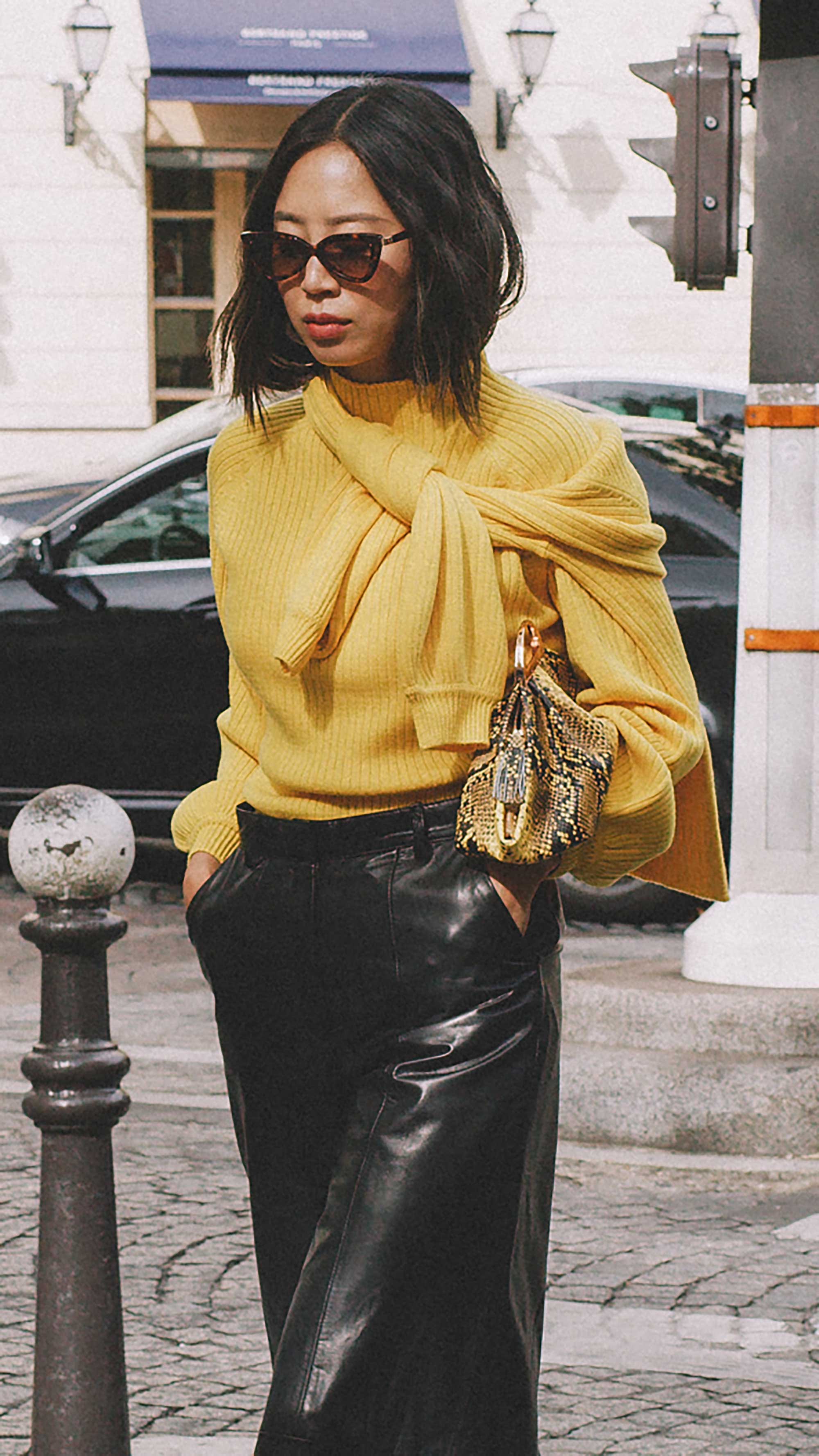 Best outfits of Paris Fashion Week street style 2019 day four PFW SS20 Photo by @J2martinez Jose J. Martinez -35.jpg