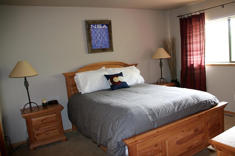 master bed small.jpg