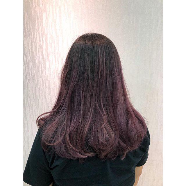 Lavender ombré. hair done by @shinya_byashsg  ㅤㅤㅤㅤㅤㅤㅤㅤㅤㅤㅤㅤㅤ ㅤㅤㅤㅤㅤㅤㅤㅤㅤㅤㅤㅤㅤ  I'm looking for the color models and shooting models. ㅤㅤㅤㅤㅤㅤㅤㅤㅤㅤㅤㅤㅤ  If you are interested it, please contact me.  ㅤㅤㅤㅤㅤㅤㅤㅤㅤㅤㅤㅤㅤ Please check my blog.  My blog →shinya193.com  ㅤㅤㅤㅤㅤㅤㅤㅤㅤㅤㅤㅤㅤ  #naokiyoshiharabyash #naokibyash  #color  #colormodel  #pointcolor  #salonmodel #ombre  #lavender  #bleach #singapore  #sgbloggers  #sgblogger #アッシュシンガポール店 #hairmodel  #sgmodel  #sgcolor  #sggirl #takephoto #shooting #nihon #nihongo #hairphoto #blog #blogger #造型 #日本发型师 #新加坡 #染色 #挑染  #笑顔が素敵