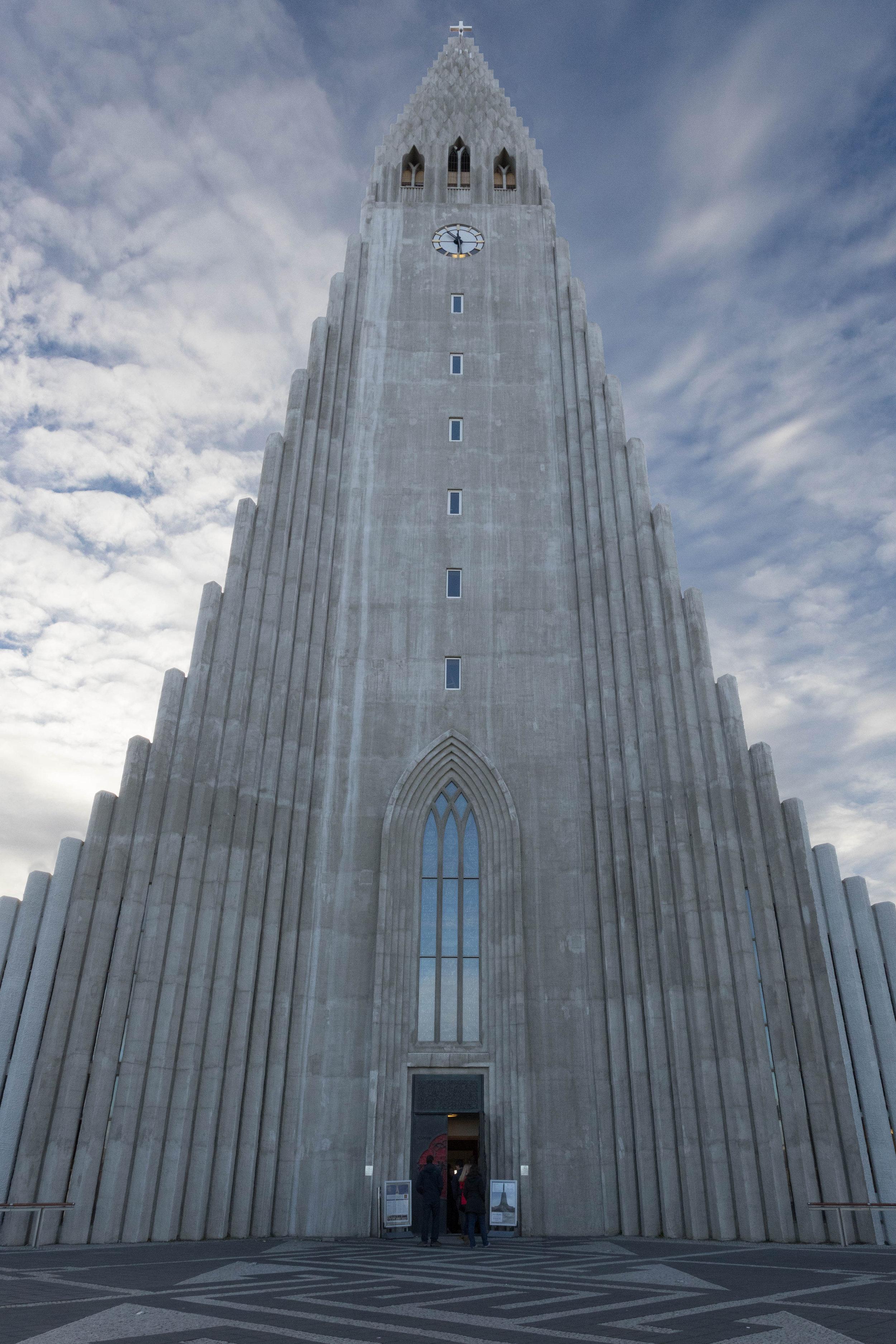 october 26, 2018  hallgrímskirkja - reykjavik, iceland