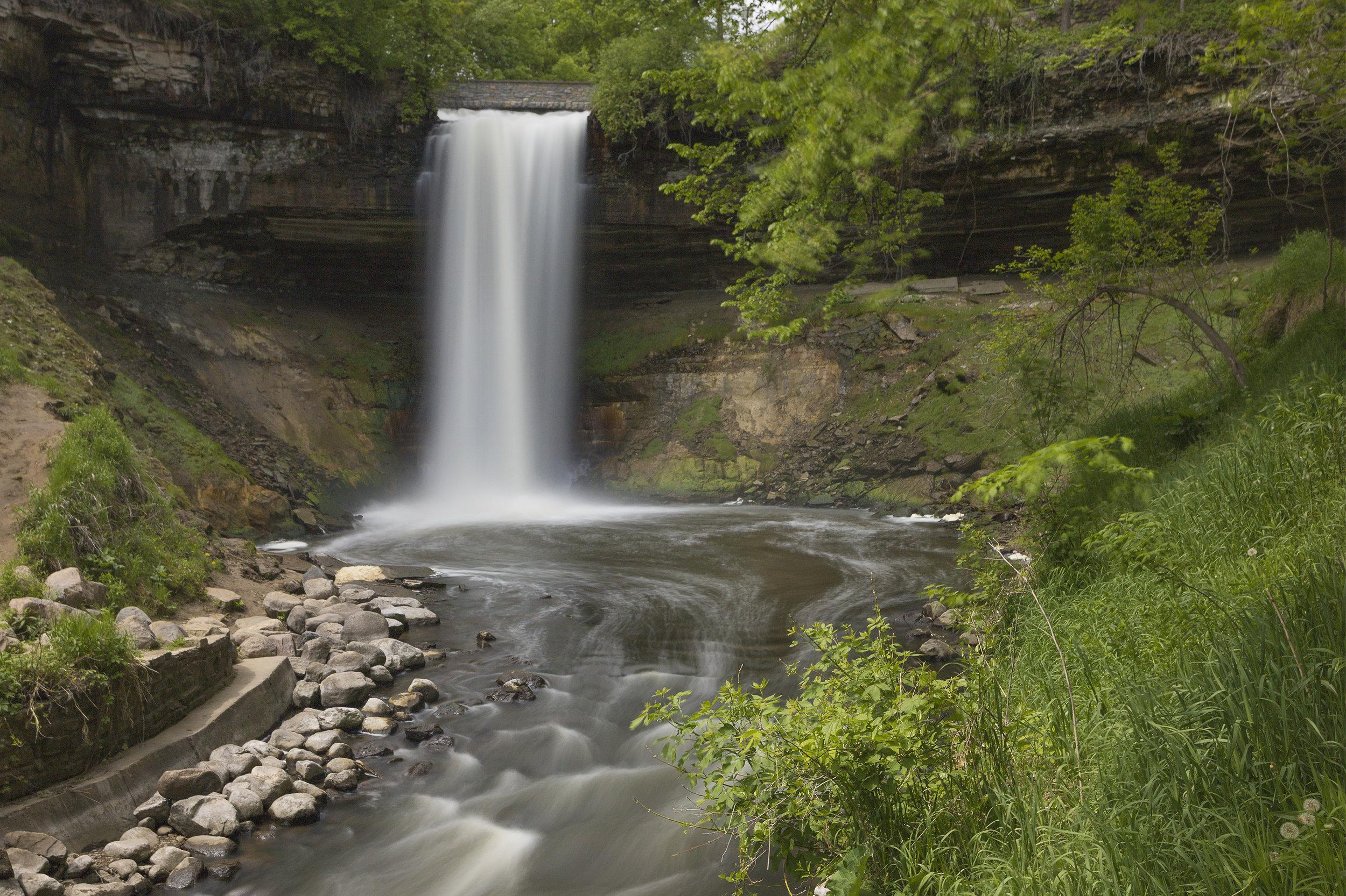 minnehaha falls - minneapolis
