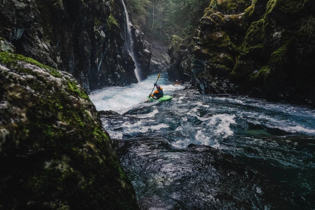 15658831bdaad0-Kayaking-the-Hamma-Hamma-via-Wild-Olympics-1068x712.jpg