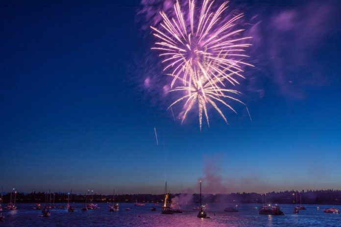 Mason-County-Fireworks-Boston-Harbor-Fireworks-via-Chris-Hamilton-696x464.jpg