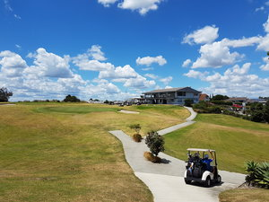 Howick+Golf+Club+Clubhouse.jpg