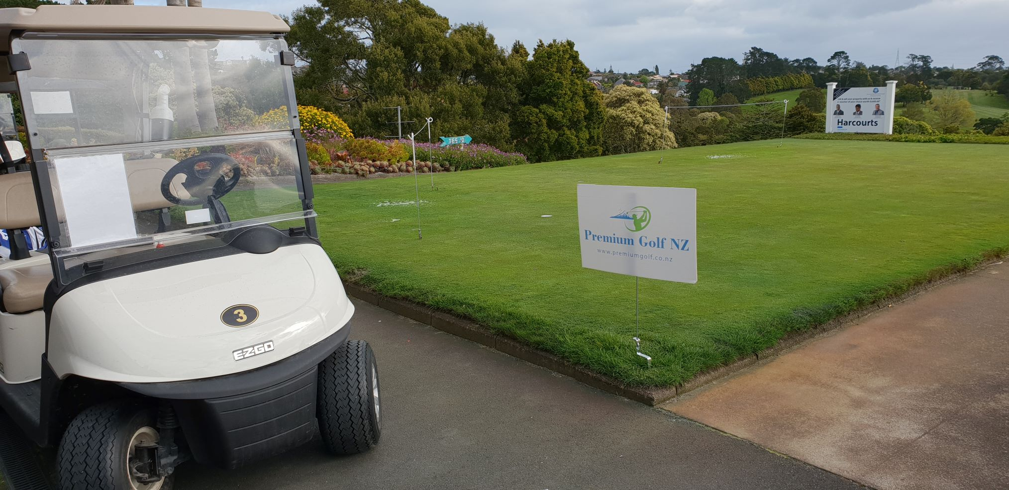 get ready for your Round on the Maungakiekie putting green