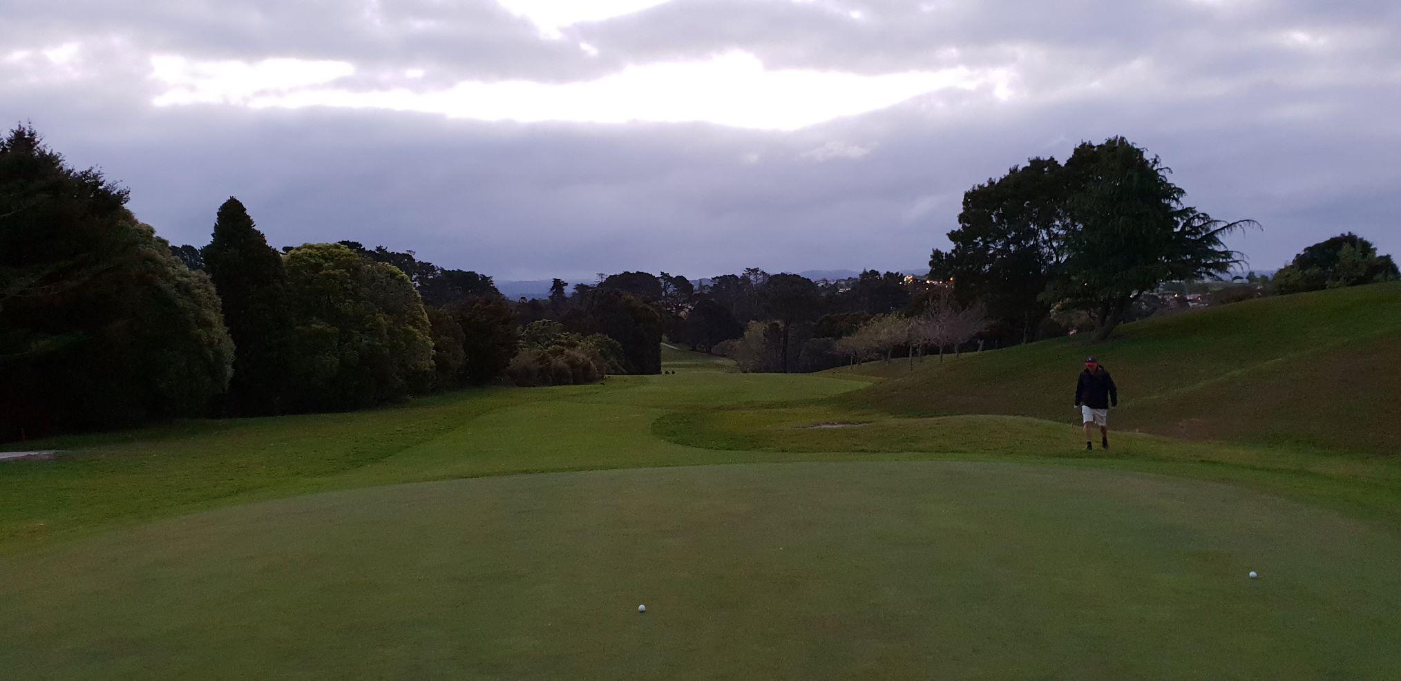 9th green view towards Waitakere.jpg