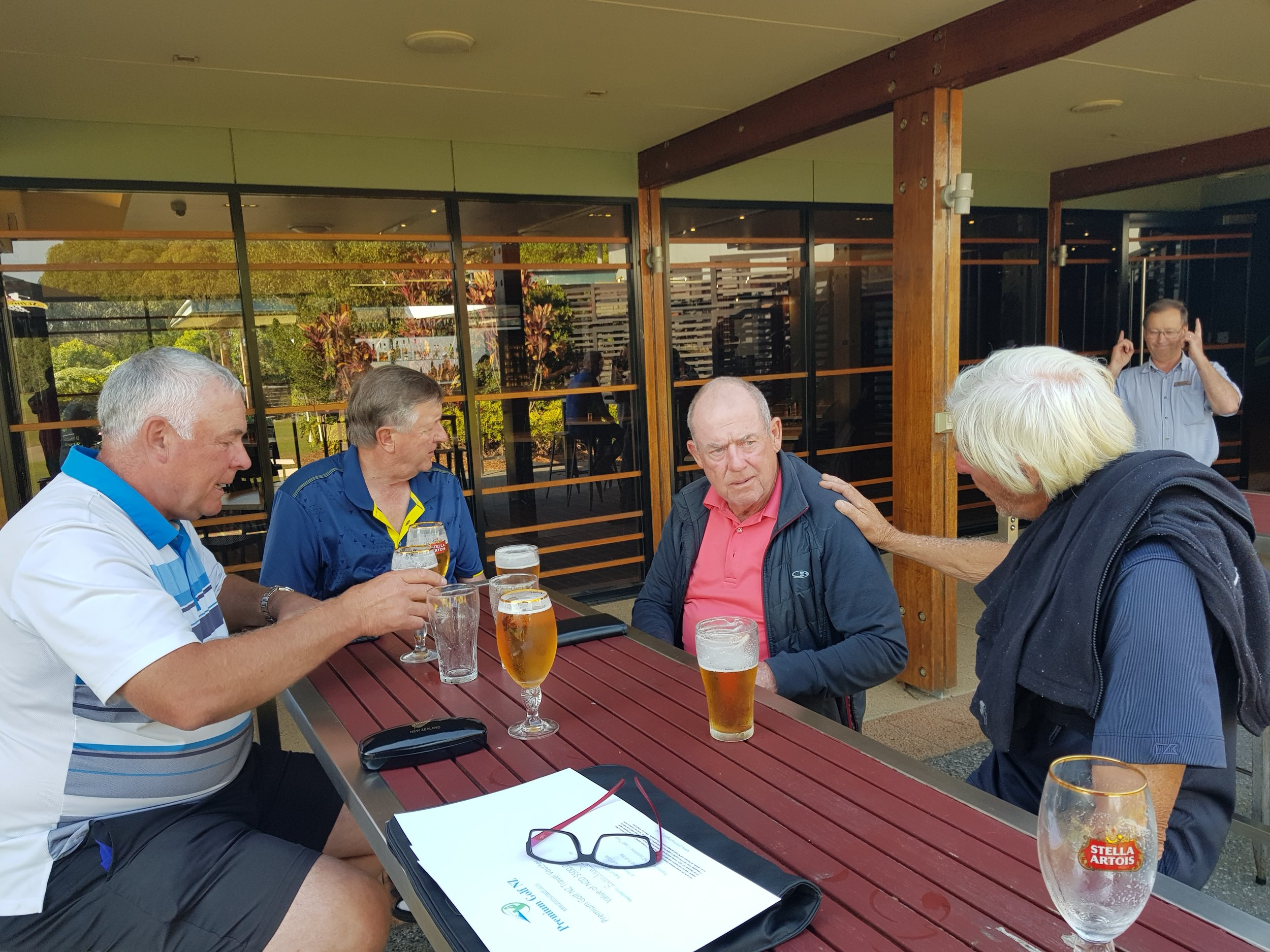 Enjoying a post round beer while DISSECTING the great golf courses on the sunshine coast!