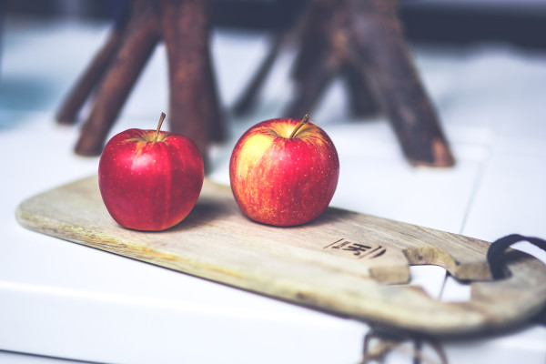 Apples will help increase your daily fiber intake.