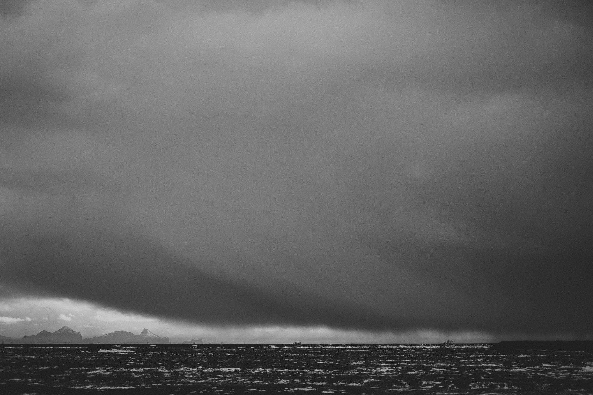 Road-trip-Islande-Iceland-Voyage-Travel-Portrait-Jérémy-Boyer-Cascade-waterfall-foss-Seljalandsfoss-3.jpg