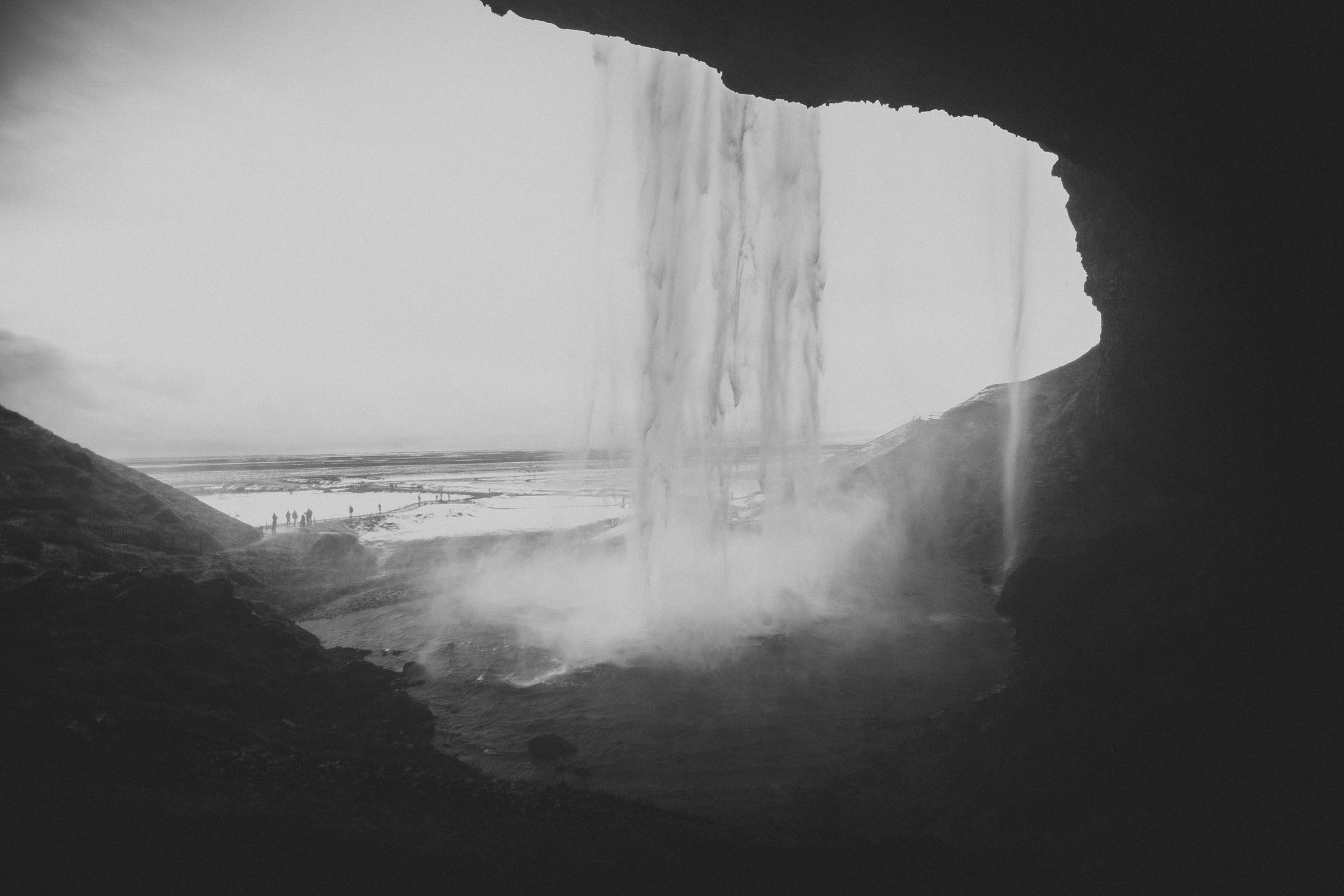 Road-trip-Islande-Iceland-Voyage-Travel-Portrait-Jérémy-Boyer-Cascade-waterfall-foss-Seljalandsfoss-9.jpg
