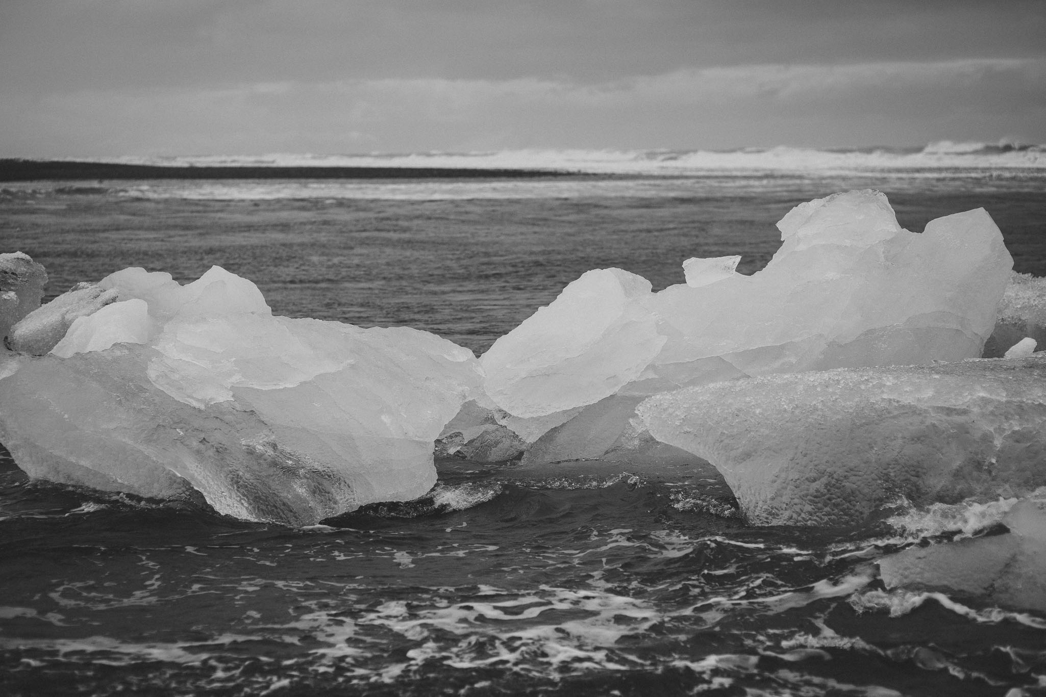 Road-trip-Islande-Iceland-Voyage-Travel-Portrait-Jérémy-Boyer-Jokulsarlon-Ice-Beach-plage-glace-13.jpg
