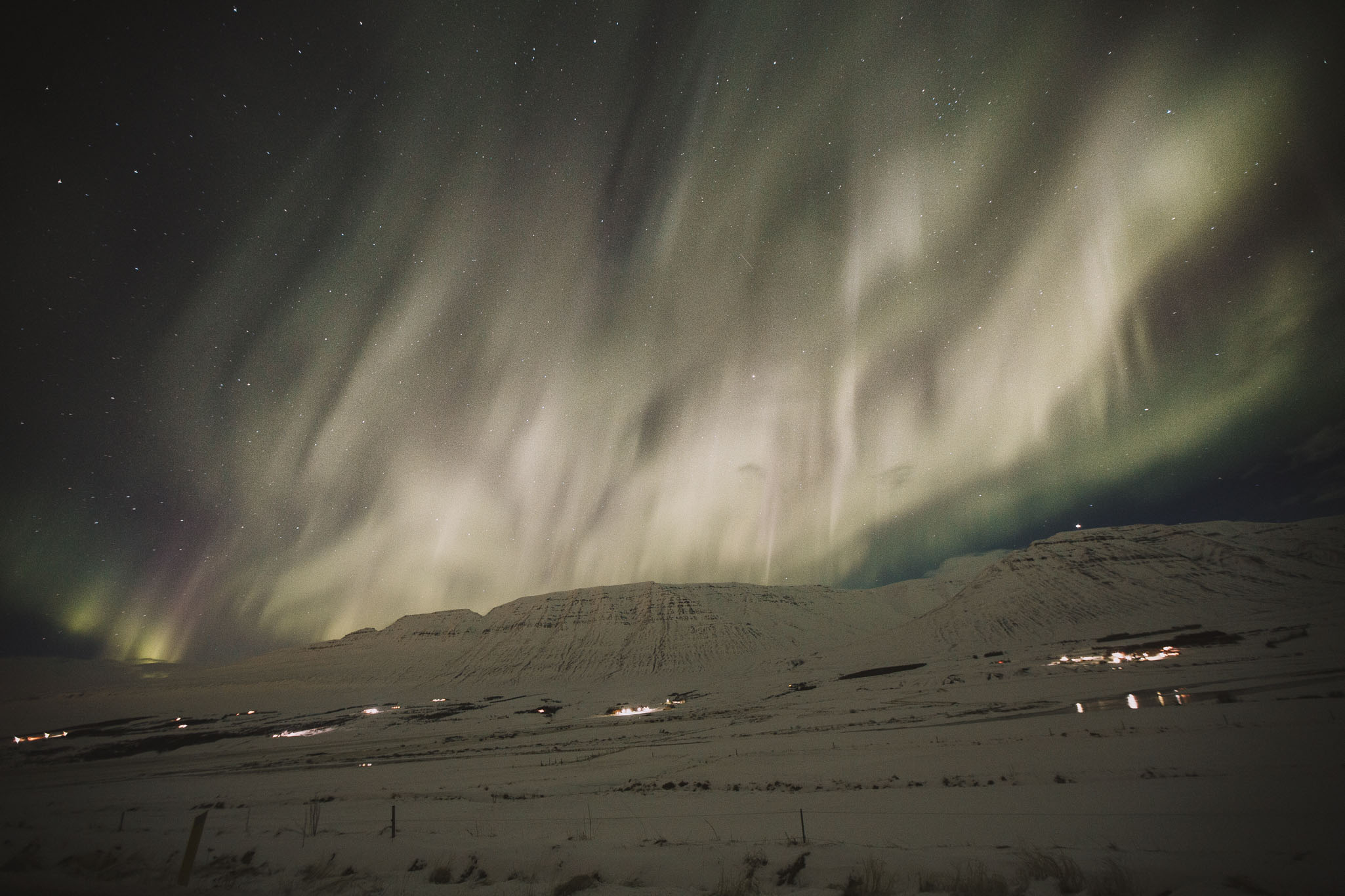 Road-trip-Islande-Iceland-Voyage-Travel-Portrait-Jérémy-Boyer-northern-lights-aurora-borealis-aurore-boreale-4.jpg