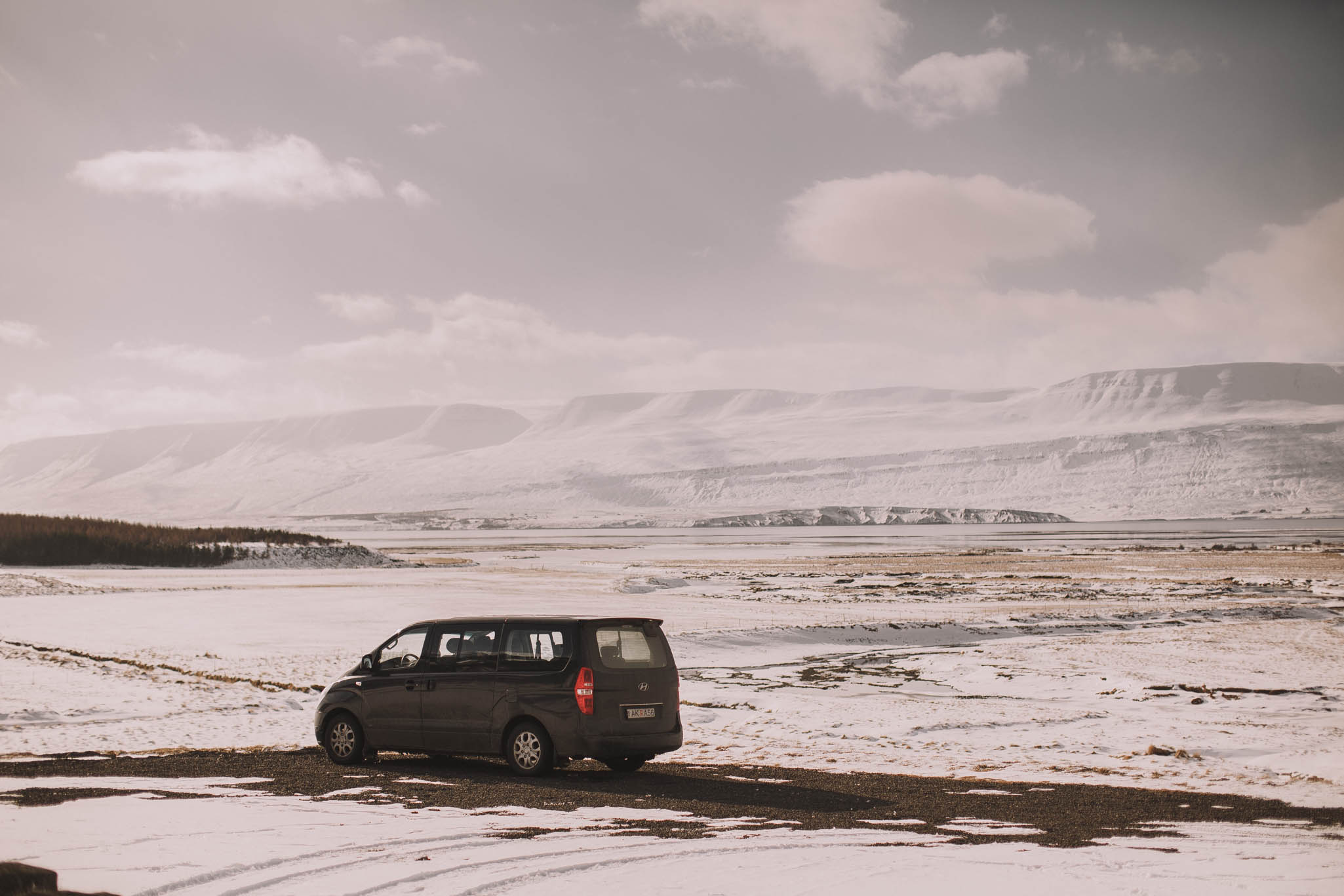 Road-trip-Islande-Iceland-Voyage-Travel-Portrait-Jérémy-Boyer-church-eglise-12.jpg