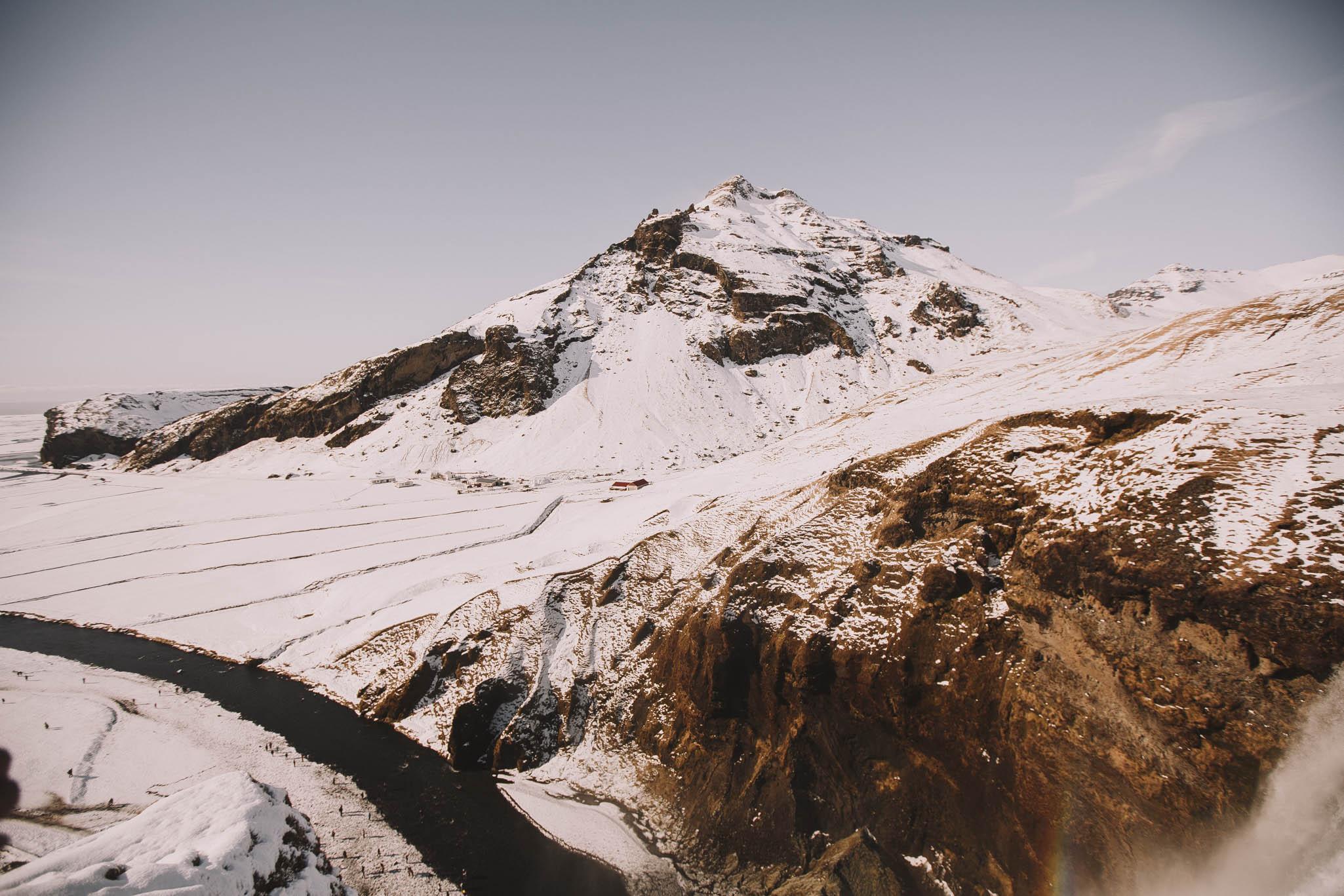 Road-trip-Islande-Iceland-Voyage-Travel-Portrait-Jérémy-Boyer-Sunny-day-Skogafoss-5.jpg
