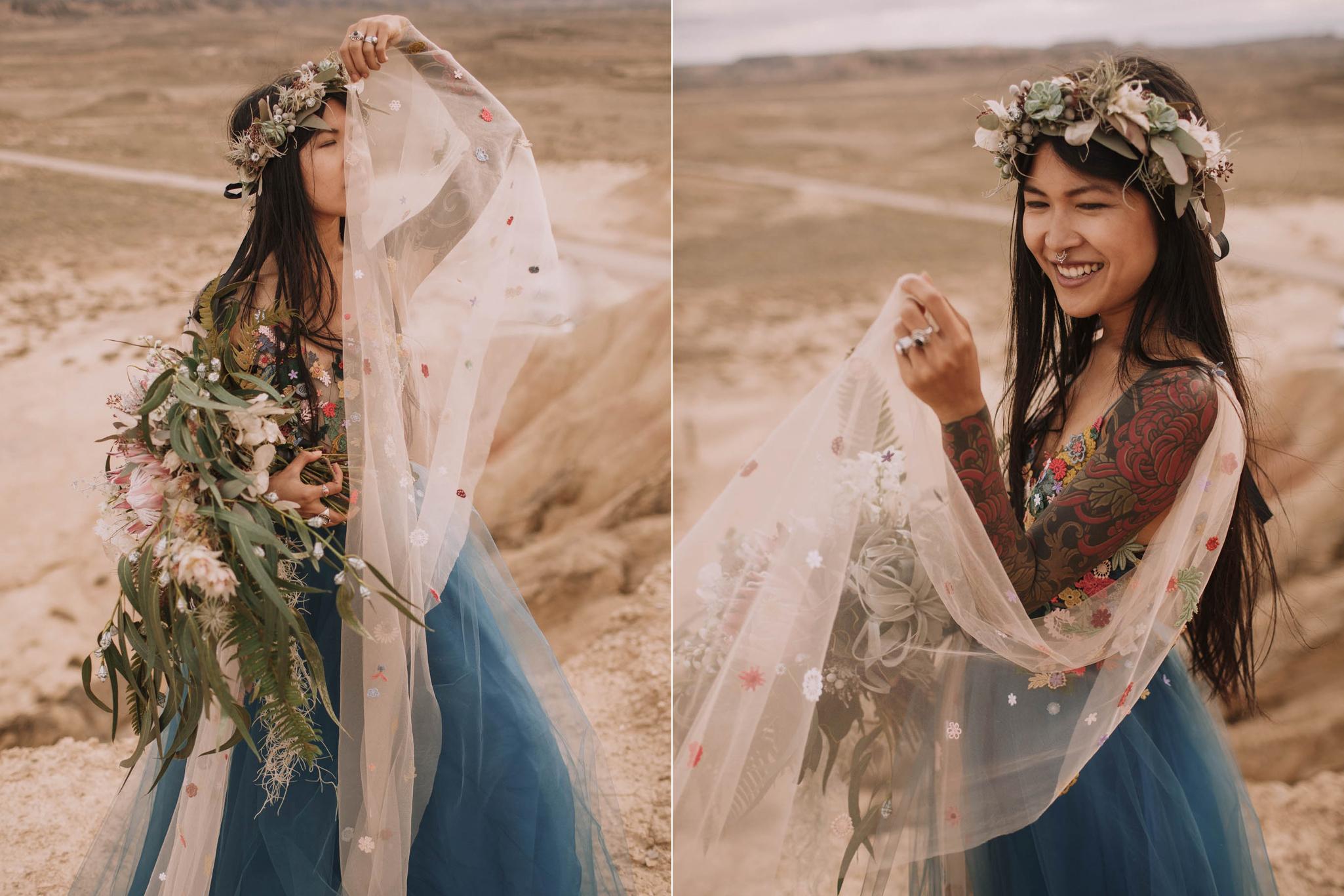 Spain-wedding-photographer-bardenas-reales-jeremy-boyer-photographe-mariage-bordeaux-floral-wedding-dress-robe-117.jpg