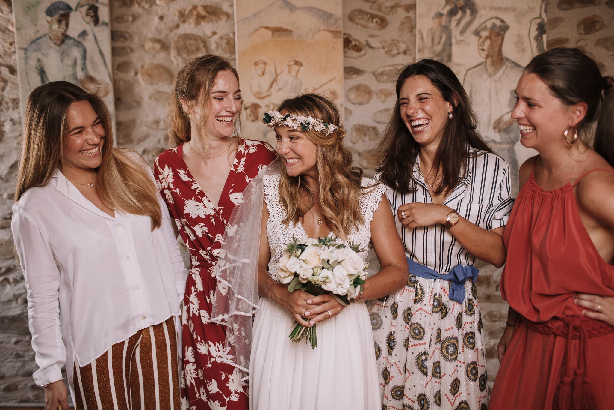 Photographe-mariage-bordeaux-jeremy-boyer-pays-basque-ihartze-artea-sare-robe-eleonore-pauc-couple-amour-44.jpg