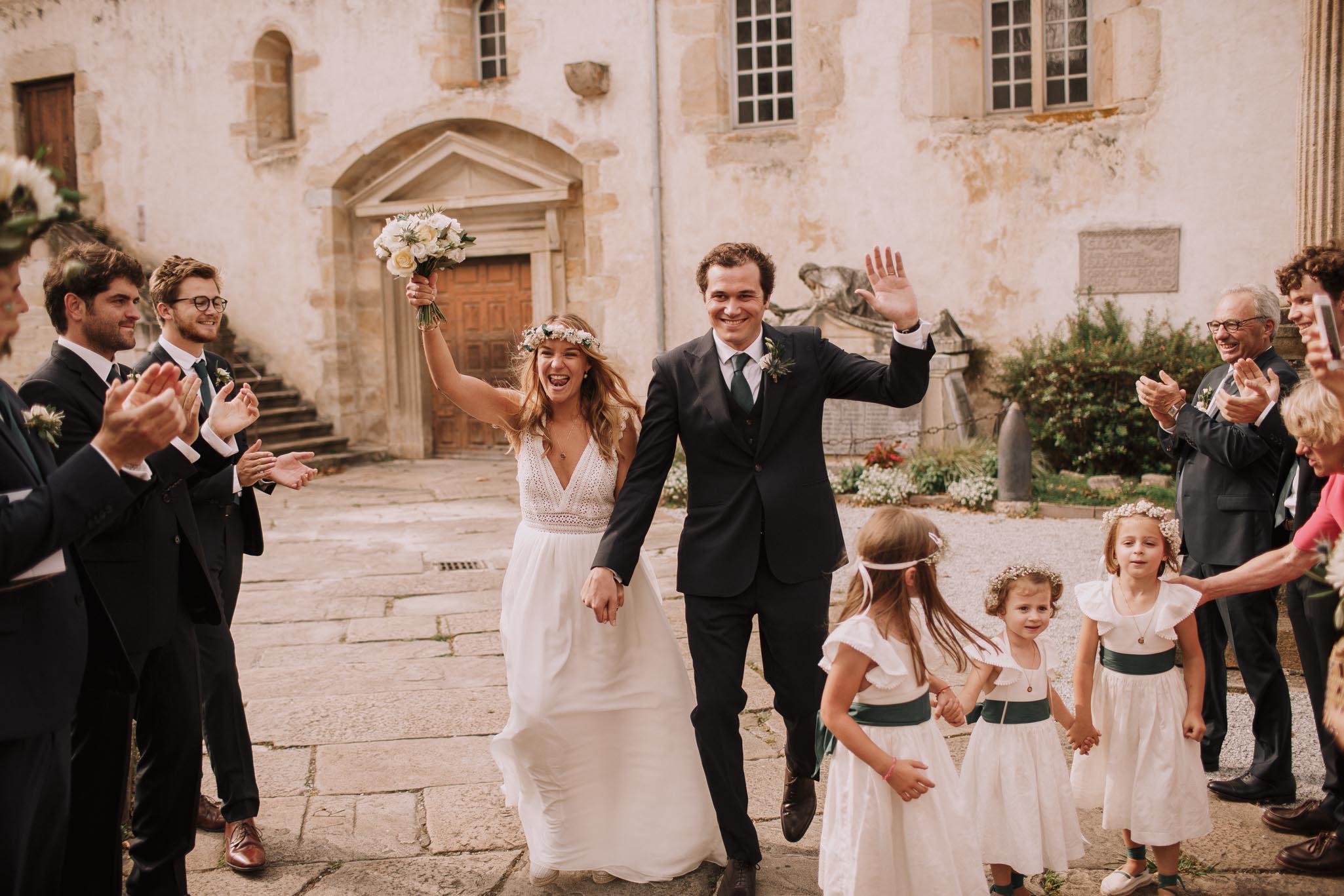 Photographe-mariage-bordeaux-jeremy-boyer-pays-basque-ihartze-artea-sare-robe-eleonore-pauc-couple-amour-79.jpg