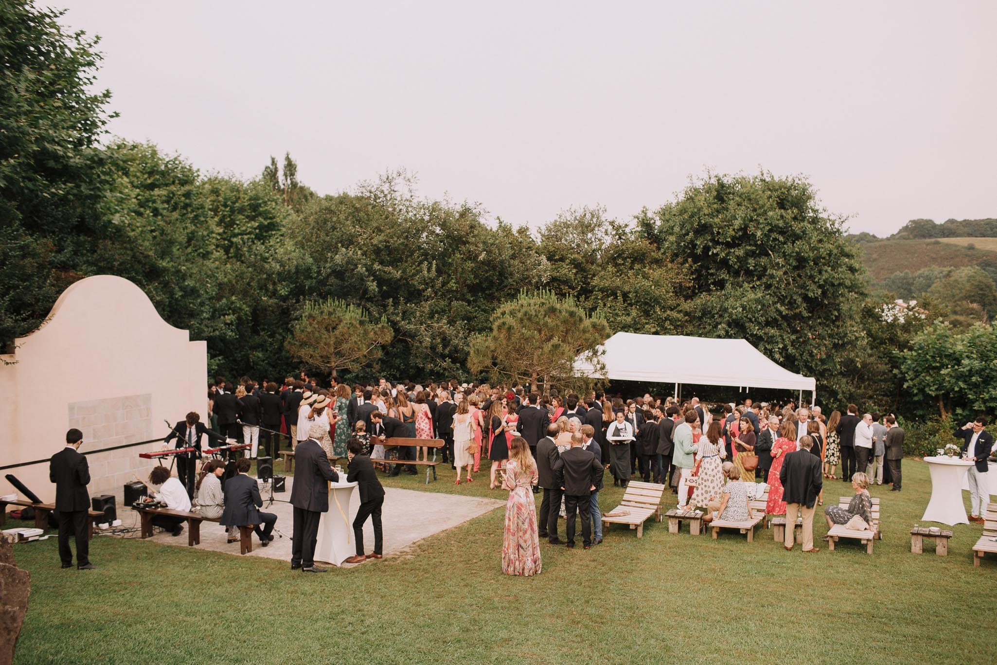 Photographe-mariage-bordeaux-jeremy-boyer-pays-basque-ihartze-artea-sare-robe-eleonore-pauc-couple-amour-99.jpg