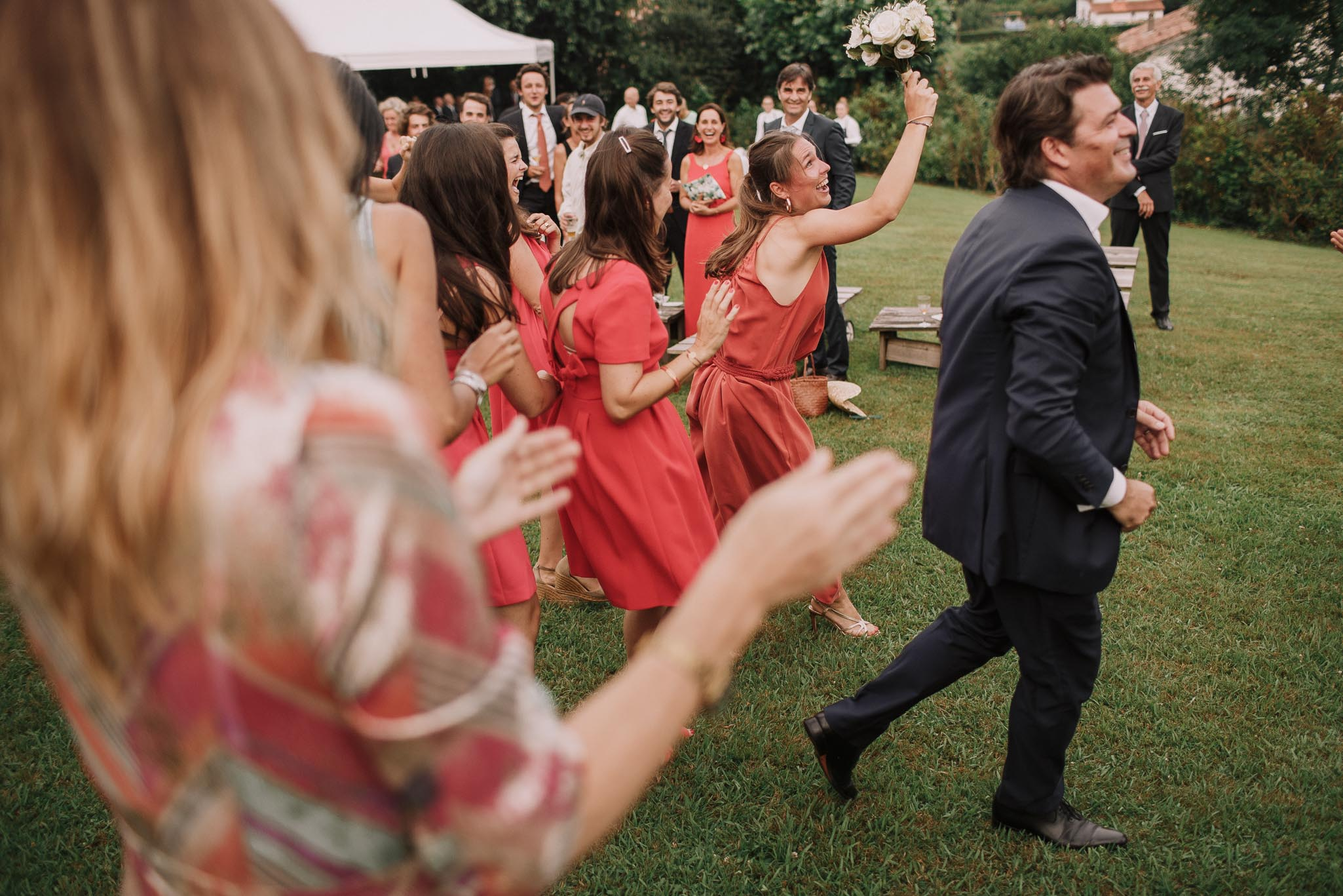 Photographe-mariage-bordeaux-jeremy-boyer-pays-basque-ihartze-artea-sare-robe-eleonore-pauc-couple-amour-138.jpg