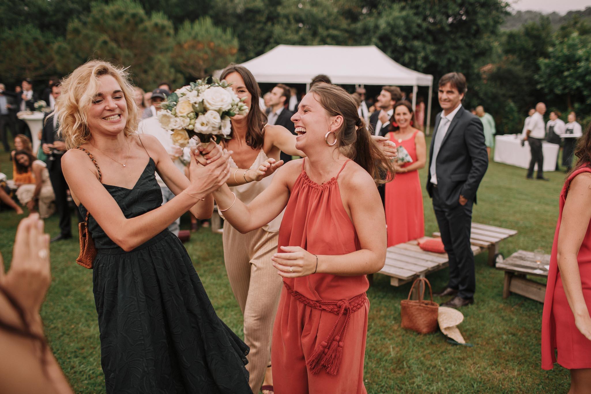 Photographe-mariage-bordeaux-jeremy-boyer-pays-basque-ihartze-artea-sare-robe-eleonore-pauc-couple-amour-140.jpg