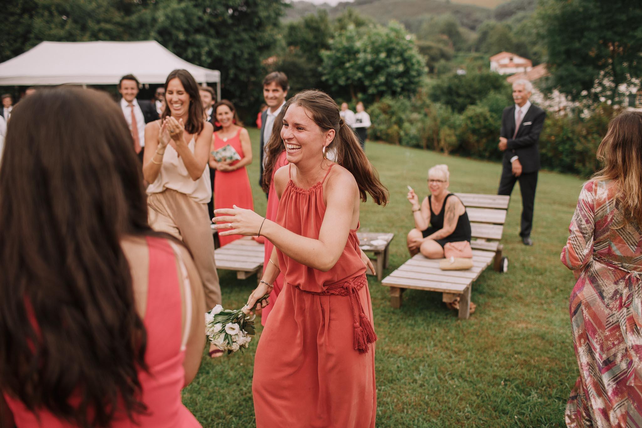 Photographe-mariage-bordeaux-jeremy-boyer-pays-basque-ihartze-artea-sare-robe-eleonore-pauc-couple-amour-139.jpg