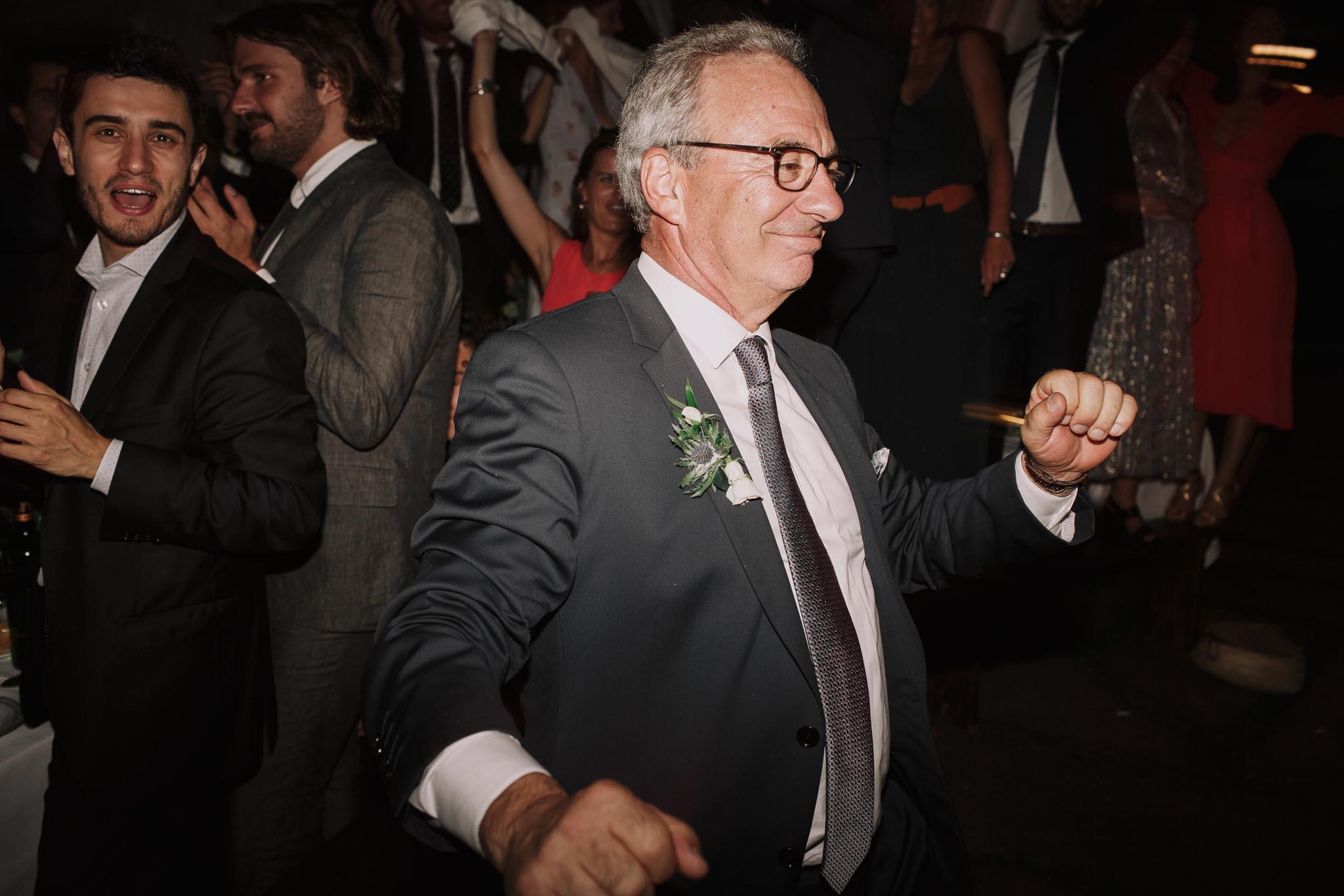Photographe-mariage-bordeaux-jeremy-boyer-pays-basque-ihartze-artea-sare-robe-eleonore-pauc-couple-amour-180.jpg