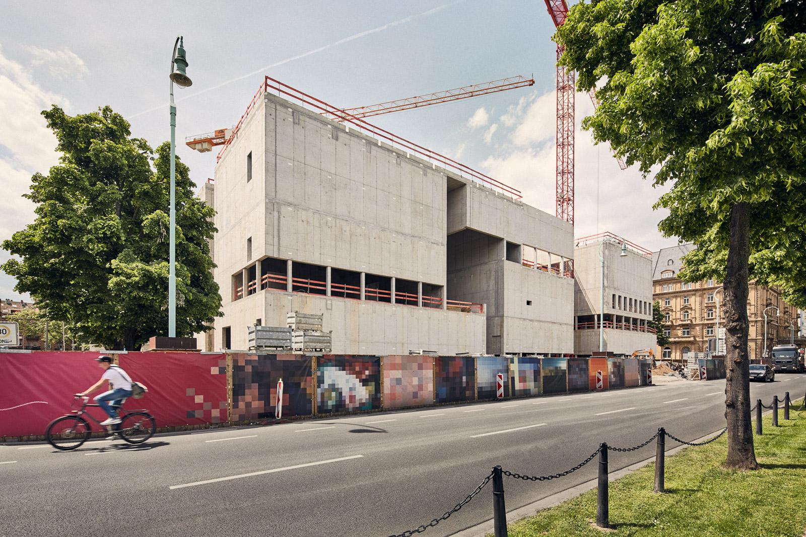 Vorderseite, Friedrichsplatz  2016–05–20