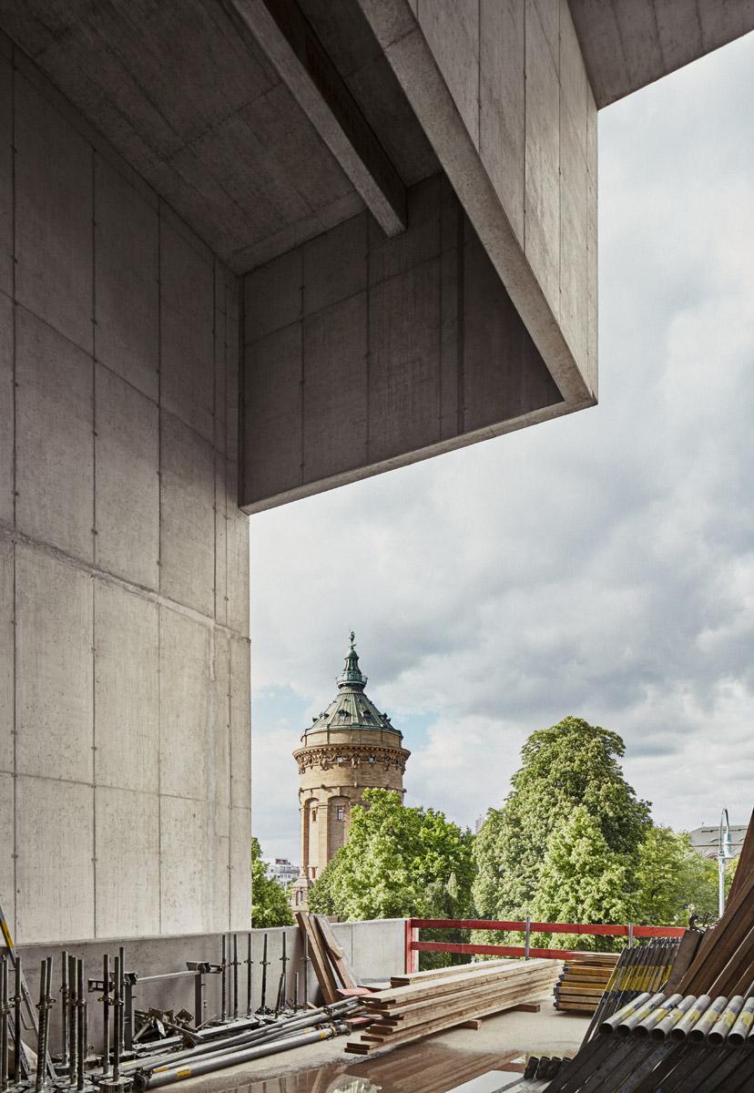 Skulpturenterrasse, Ebene 1  2016–05–19