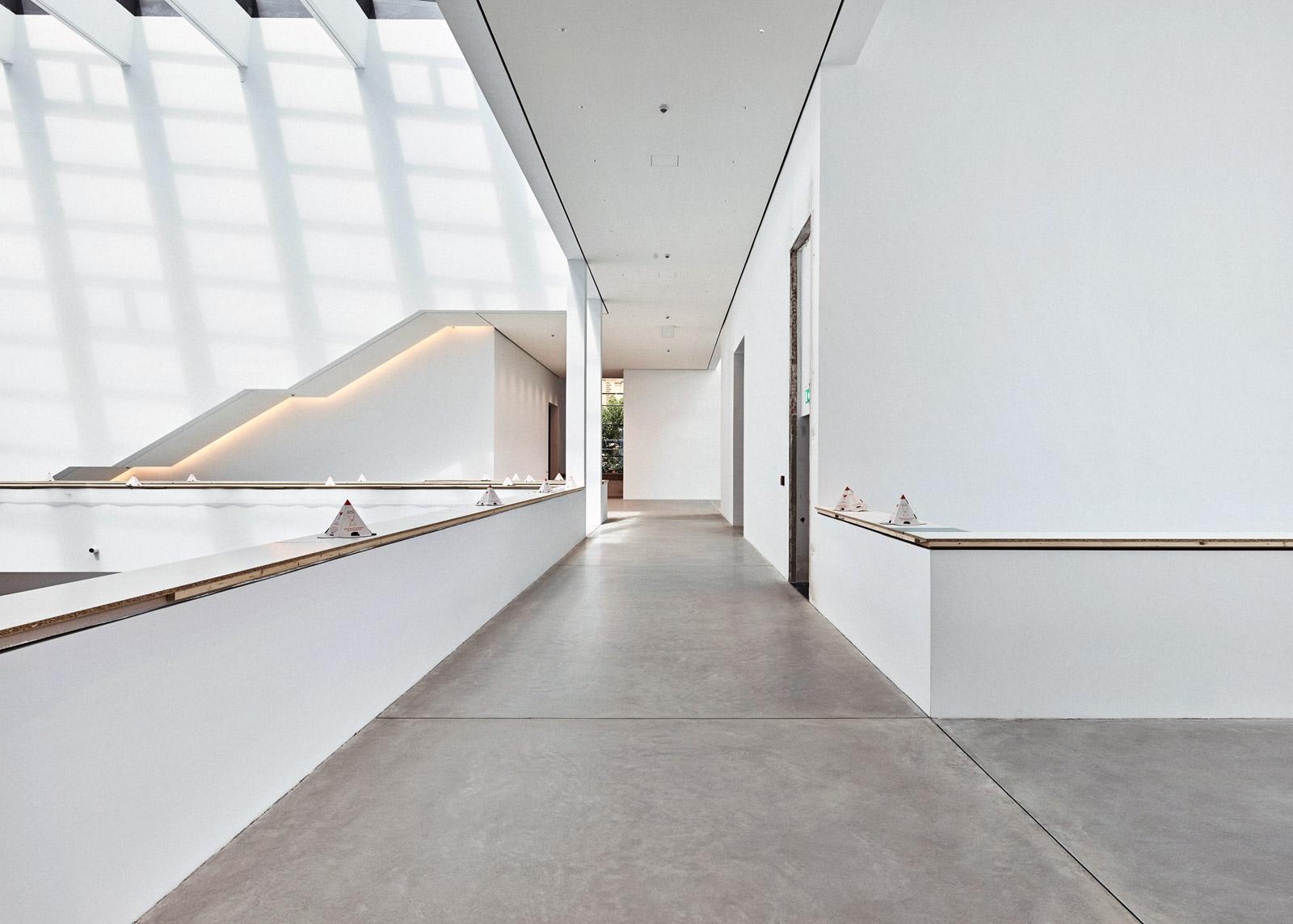 Atrium, Ebene 1  2017–07–24