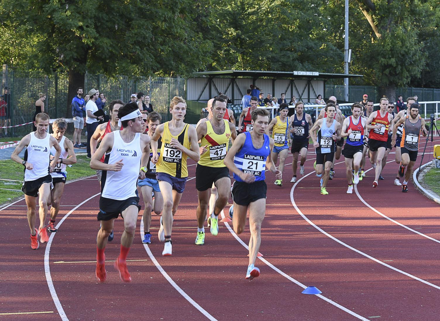 Finn Ladywell 10000m.JPG