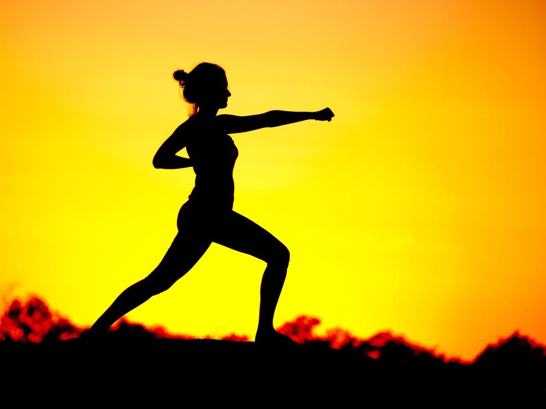 Woman-Fighting-Stance.jpg