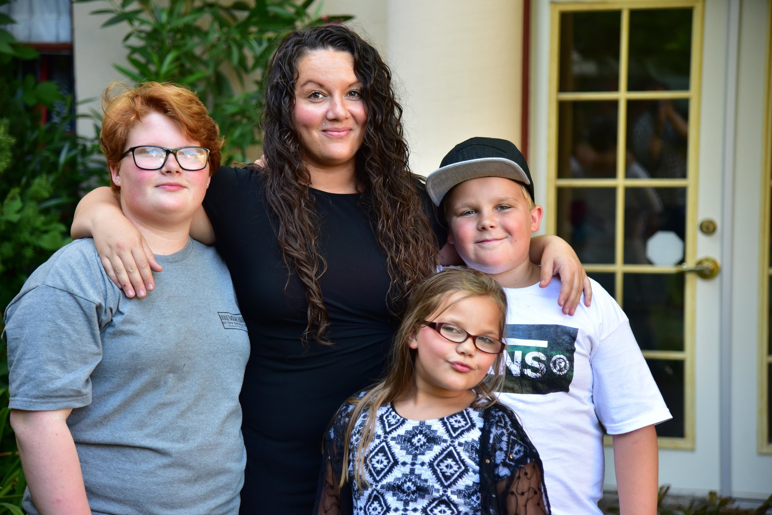 Jennifer and her children.