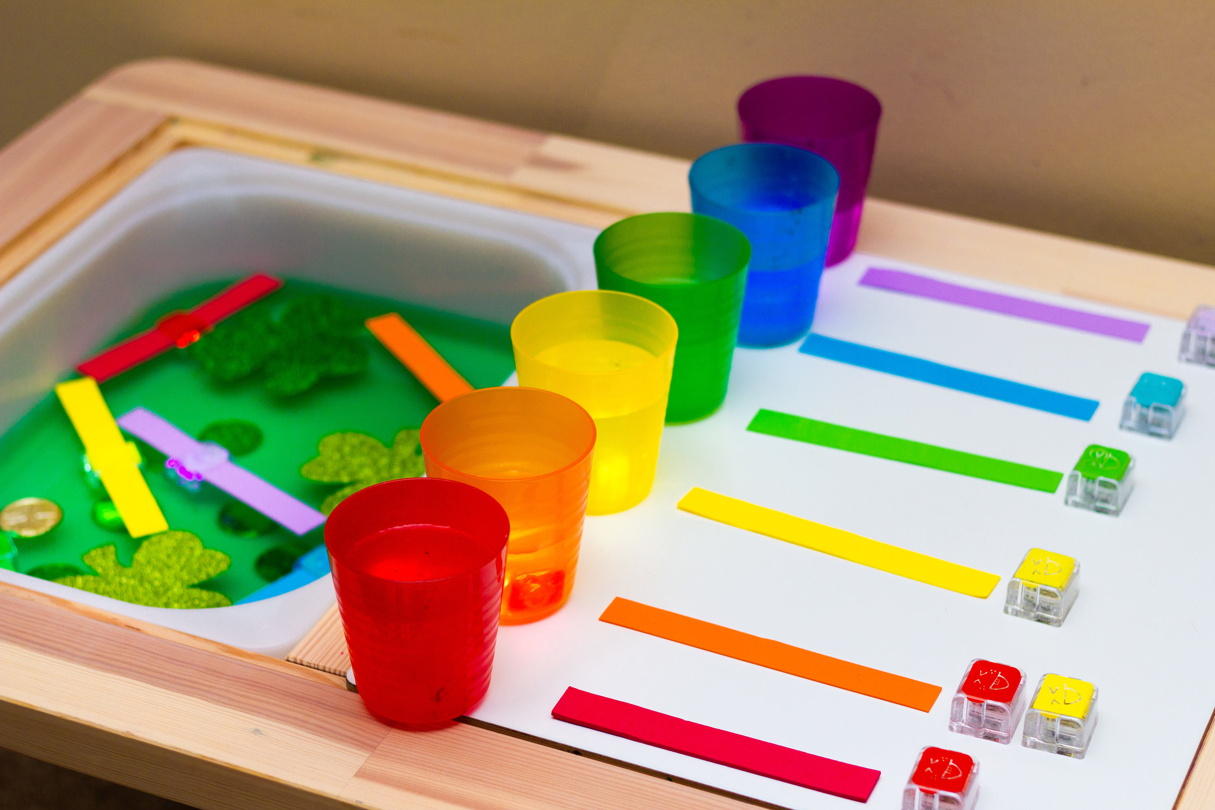 ROYGBIV - Set color cups up by order in the Rainbow - Red, Orange, Yellow, Green, Blue/Indigo, Violet